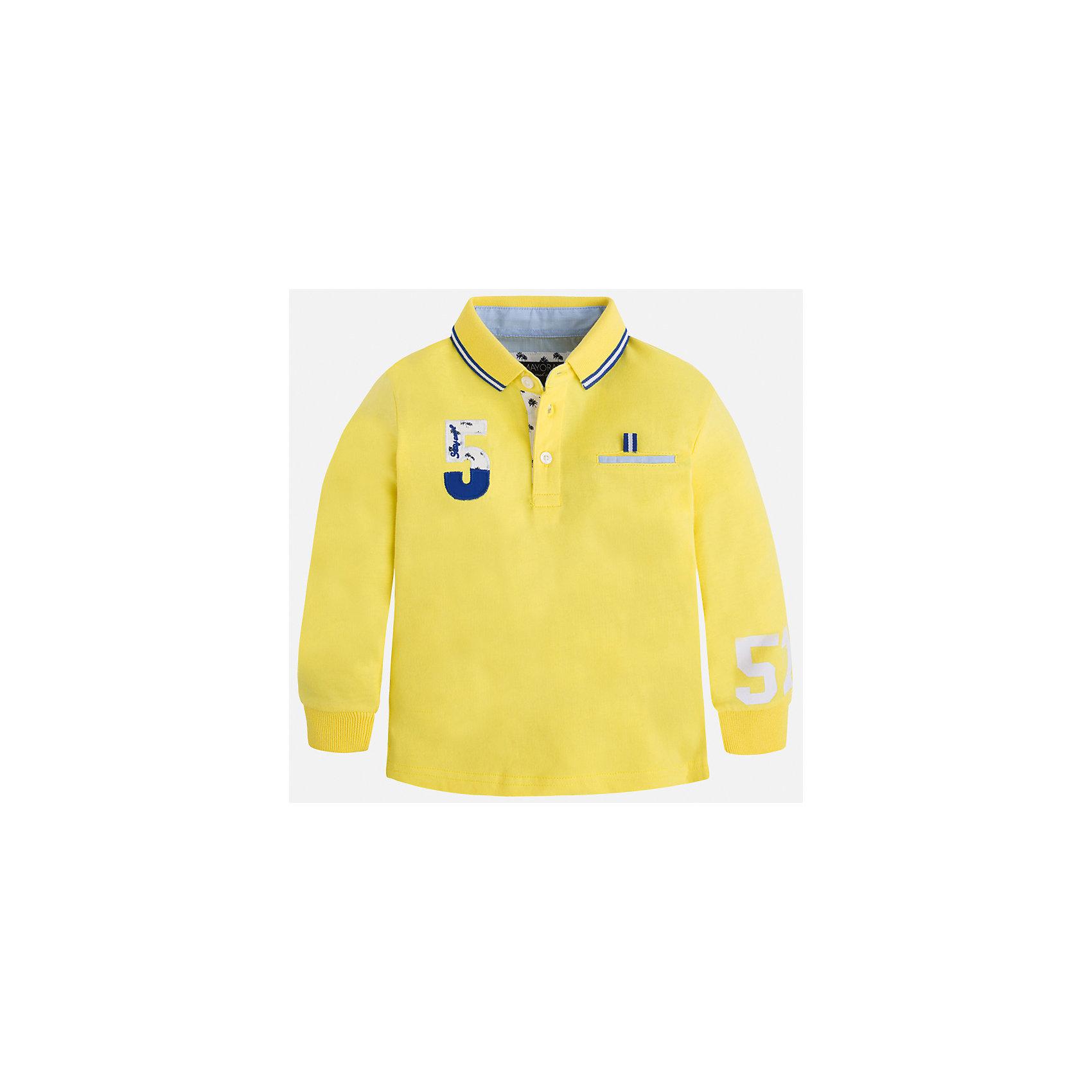 Футболка-поло с длинным рукавом для мальчика MayoralФутболки с длинным рукавом<br>Характеристики товара:<br><br>• цвет: желтый<br>• состав: 100% хлопок<br>• отложной воротник<br>• длинные рукава<br>• застежка: пуговицы<br>• декорирована принтом<br>• страна бренда: Испания<br><br>Стильная рубашка-поло для мальчика может стать базовой вещью в гардеробе ребенка. Она отлично сочетается с брюками, шортами, джинсами и т.д. Универсальный крой и цвет позволяет подобрать к вещи низ разных расцветок. Практичное и стильное изделие! В составе материала - только натуральный хлопок, гипоаллергенный, приятный на ощупь, дышащий.<br><br>Одежда, обувь и аксессуары от испанского бренда Mayoral полюбились детям и взрослым по всему миру. Модели этой марки - стильные и удобные. Для их производства используются только безопасные, качественные материалы и фурнитура. Порадуйте ребенка модными и красивыми вещами от Mayoral! <br><br>Рубашку-поло для мальчика от испанского бренда Mayoral (Майорал) можно купить в нашем интернет-магазине.<br><br>Ширина мм: 230<br>Глубина мм: 40<br>Высота мм: 220<br>Вес г: 250<br>Цвет: желтый<br>Возраст от месяцев: 84<br>Возраст до месяцев: 96<br>Пол: Мужской<br>Возраст: Детский<br>Размер: 128,134,122,116,110,98,92,104<br>SKU: 5272180