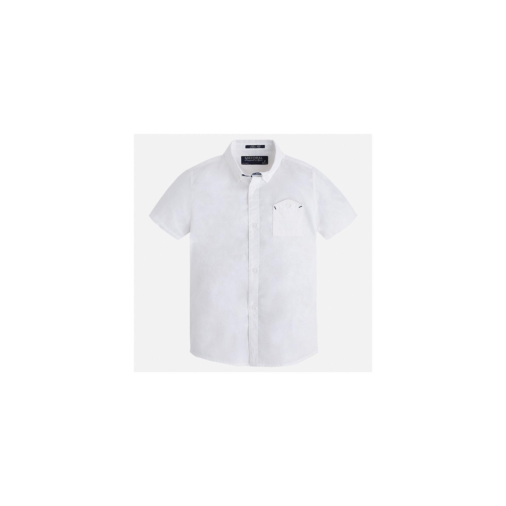 Рубашка для мальчика MayoralОдежда<br>Характеристики товара:<br><br>• цвет: белый<br>• состав: 100% хлопок<br>• отложной воротник<br>• короткие рукава<br>• застежка: пуговицы<br>• карман на груди<br>• страна бренда: Испания<br><br>Стильная рубашка для мальчика может стать базовой вещью в гардеробе ребенка. Она отлично сочетается с брюками, шортами, джинсами и т.д. Универсальный крой и цвет позволяет подобрать к вещи низ разных расцветок. Практичное и стильное изделие! В составе материала - только натуральный хлопок, гипоаллергенный, приятный на ощупь, дышащий.<br><br>Одежда, обувь и аксессуары от испанского бренда Mayoral полюбились детям и взрослым по всему миру. Модели этой марки - стильные и удобные. Для их производства используются только безопасные, качественные материалы и фурнитура. Порадуйте ребенка модными и красивыми вещами от Mayoral! <br><br>Рубашку для мальчика от испанского бренда Mayoral (Майорал) можно купить в нашем интернет-магазине.<br><br>Ширина мм: 174<br>Глубина мм: 10<br>Высота мм: 169<br>Вес г: 157<br>Цвет: белый<br>Возраст от месяцев: 96<br>Возраст до месяцев: 108<br>Пол: Мужской<br>Возраст: Детский<br>Размер: 134,92,98,104,110,116,122,128<br>SKU: 5272216
