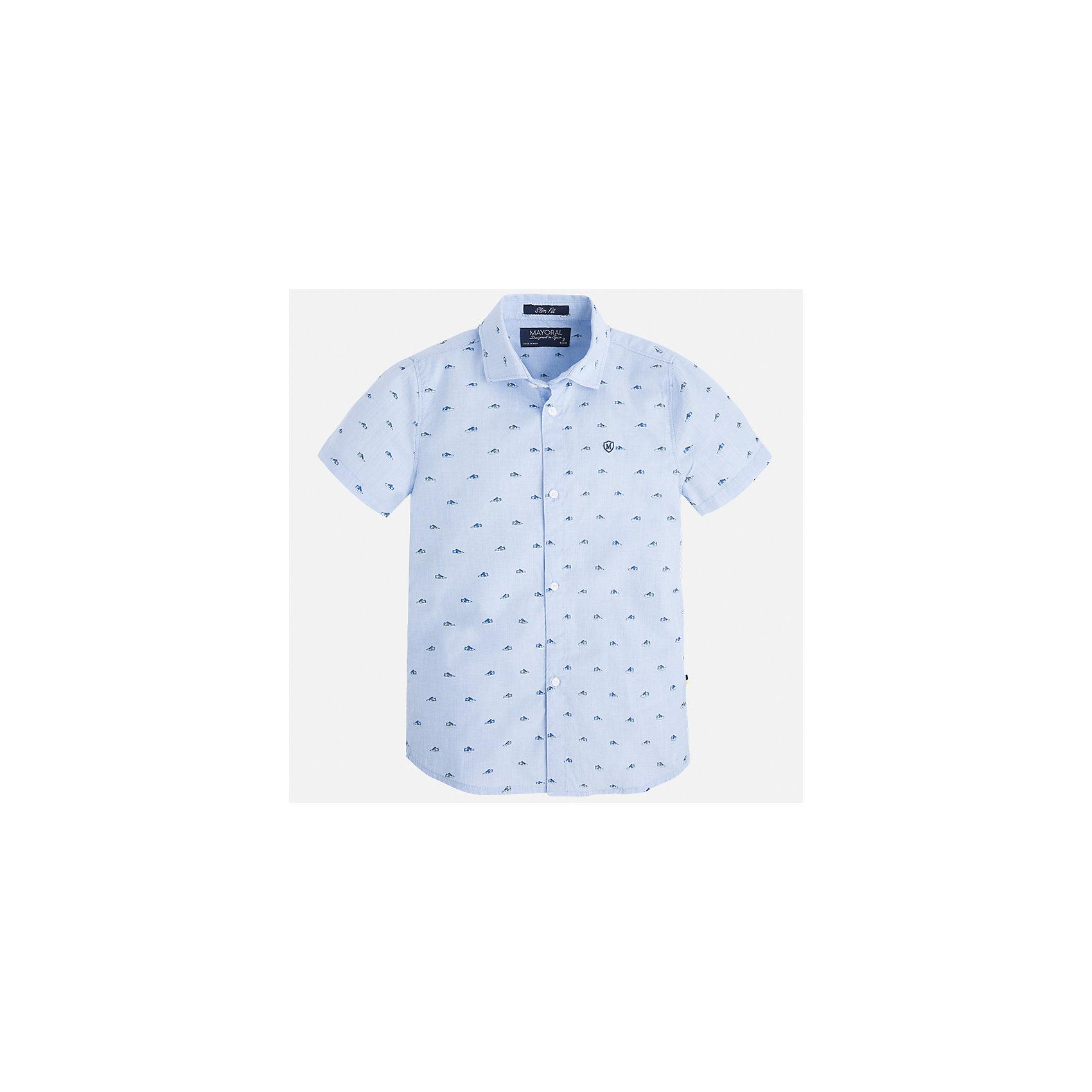 Рубашка для мальчика MayoralБлузки и рубашки<br>Характеристики товара:<br><br>• цвет: голубой<br>• состав: 100% хлопок<br>• отложной воротник<br>• короткие рукава<br>• застежка: пуговицы<br>• вышивка на груди<br>• страна бренда: Испания<br><br>Стильная рубашка для мальчика может стать базовой вещью в гардеробе ребенка. Она отлично сочетается с брюками, шортами, джинсами и т.д. Универсальный крой и цвет позволяет подобрать к вещи низ разных расцветок. Практичное и стильное изделие! В составе материала - только натуральный хлопок, гипоаллергенный, приятный на ощупь, дышащий.<br><br>Одежда, обувь и аксессуары от испанского бренда Mayoral полюбились детям и взрослым по всему миру. Модели этой марки - стильные и удобные. Для их производства используются только безопасные, качественные материалы и фурнитура. Порадуйте ребенка модными и красивыми вещами от Mayoral! <br><br>Рубашку для мальчика от испанского бренда Mayoral (Майорал) можно купить в нашем интернет-магазине.<br><br>Ширина мм: 174<br>Глубина мм: 10<br>Высота мм: 169<br>Вес г: 157<br>Цвет: голубой<br>Возраст от месяцев: 18<br>Возраст до месяцев: 24<br>Пол: Мужской<br>Возраст: Детский<br>Размер: 110,98,128,122,116,92,104,134<br>SKU: 5272243