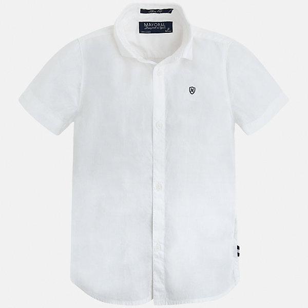 Рубашка для мальчика MayoralБлузки и рубашки<br>Характеристики товара:<br><br>• цвет: белый<br>• состав: 100% хлопок<br>• отложной воротник<br>• короткие рукава<br>• застежка: пуговицы<br>• вышивка на груди<br>• страна бренда: Испания<br><br>Стильная рубашка для мальчика может стать базовой вещью в гардеробе ребенка. Она отлично сочетается с брюками, шортами, джинсами и т.д. Универсальный крой и цвет позволяет подобрать к вещи низ разных расцветок. Практичное и стильное изделие! В составе материала - только натуральный хлопок, гипоаллергенный, приятный на ощупь, дышащий.<br><br>Одежда, обувь и аксессуары от испанского бренда Mayoral полюбились детям и взрослым по всему миру. Модели этой марки - стильные и удобные. Для их производства используются только безопасные, качественные материалы и фурнитура. Порадуйте ребенка модными и красивыми вещами от Mayoral! <br><br>Рубашку для мальчика от испанского бренда Mayoral (Майорал) можно купить в нашем интернет-магазине.<br><br>Ширина мм: 174<br>Глубина мм: 10<br>Высота мм: 169<br>Вес г: 157<br>Цвет: белый<br>Возраст от месяцев: 96<br>Возраст до месяцев: 108<br>Пол: Мужской<br>Возраст: Детский<br>Размер: 134,104,128,116,92,98,110,122<br>SKU: 5272252