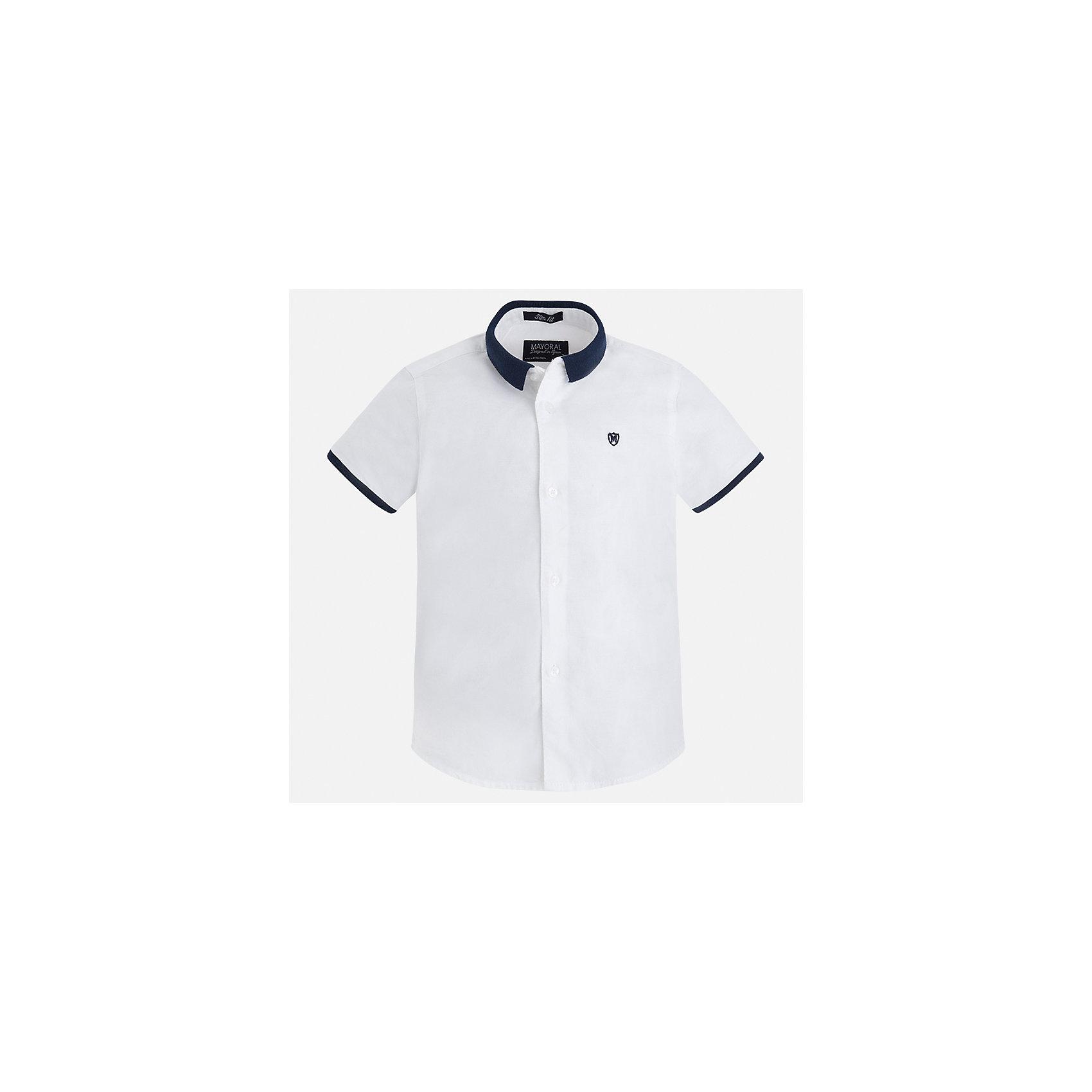 Рубашка для мальчика MayoralХарактеристики товара:<br><br>• цвет: белый<br>• состав: 100% хлопок<br>• отложной воротник<br>• короткие рукава<br>• застежка: пуговицы<br>• вышивка на груди<br>• страна бренда: Испания<br><br>Стильная рубашка для мальчика может стать базовой вещью в гардеробе ребенка. Она отлично сочетается с брюками, шортами, джинсами и т.д. Универсальный крой и цвет позволяет подобрать к вещи низ разных расцветок. Практичное и стильное изделие! В составе материала - только натуральный хлопок, гипоаллергенный, приятный на ощупь, дышащий.<br><br>Одежда, обувь и аксессуары от испанского бренда Mayoral полюбились детям и взрослым по всему миру. Модели этой марки - стильные и удобные. Для их производства используются только безопасные, качественные материалы и фурнитура. Порадуйте ребенка модными и красивыми вещами от Mayoral! <br><br>Рубашку для мальчика от испанского бренда Mayoral (Майорал) можно купить в нашем интернет-магазине.<br><br>Ширина мм: 174<br>Глубина мм: 10<br>Высота мм: 169<br>Вес г: 157<br>Цвет: белый<br>Возраст от месяцев: 18<br>Возраст до месяцев: 24<br>Пол: Мужской<br>Возраст: Детский<br>Размер: 92,122,134,128,116,110,104,98<br>SKU: 5272270