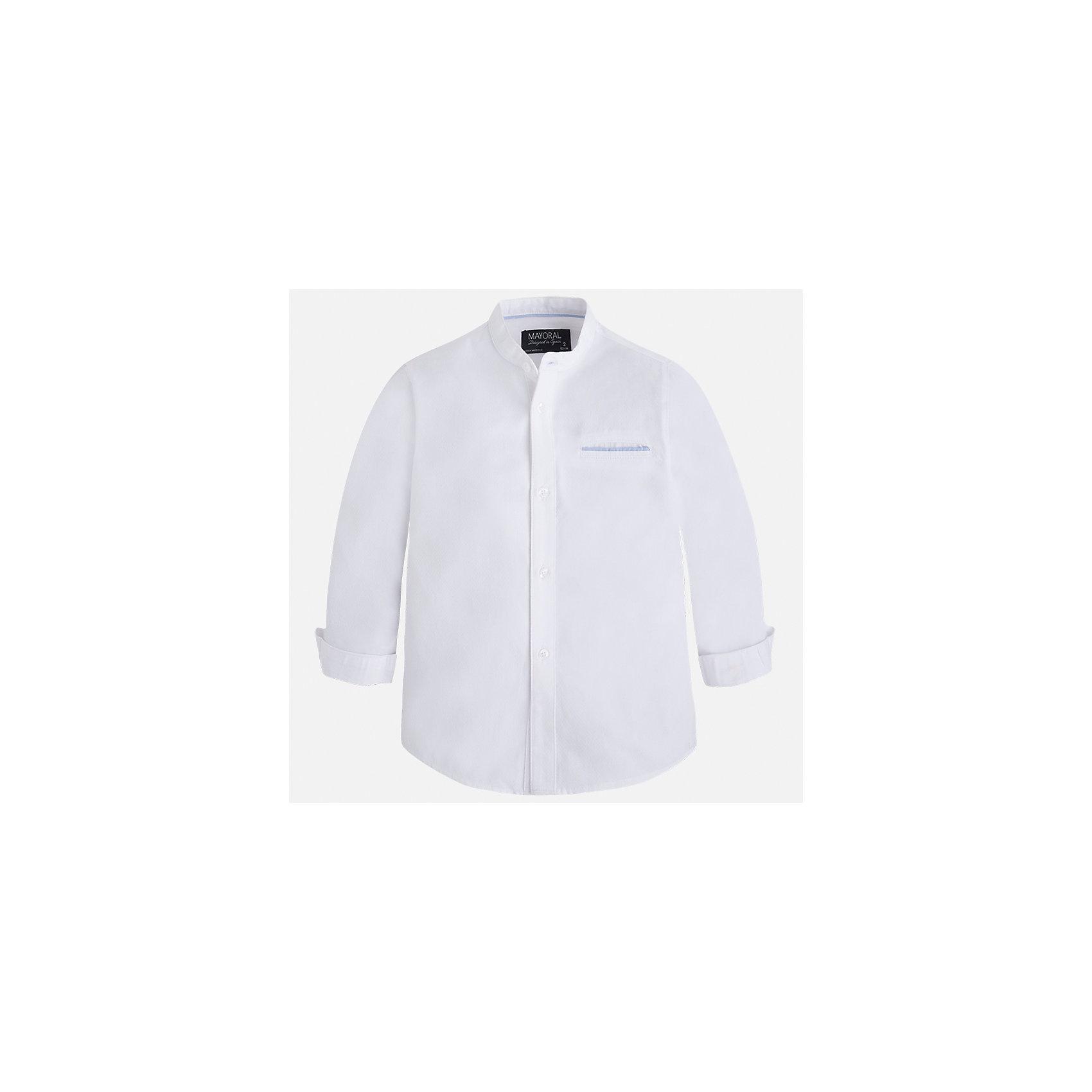 Рубашка для мальчика MayoralБлузки и рубашки<br>Характеристики товара:<br><br>• цвет: белый<br>• состав: 100% хлопок<br>• отложной воротник<br>• рукава с отворотами<br>• застежка: пуговицы<br>• карман на груди<br>• страна бренда: Испания<br><br>Удобная модная рубашка-поло для мальчика может стать базовой вещью в гардеробе ребенка. Она отлично сочетается с брюками, шортами, джинсами и т.д. Универсальный крой и цвет позволяет подобрать к вещи низ разных расцветок. Практичное и стильное изделие! В составе материала - только натуральный хлопок, гипоаллергенный, приятный на ощупь, дышащий.<br><br>Одежда, обувь и аксессуары от испанского бренда Mayoral полюбились детям и взрослым по всему миру. Модели этой марки - стильные и удобные. Для их производства используются только безопасные, качественные материалы и фурнитура. Порадуйте ребенка модными и красивыми вещами от Mayoral! <br><br>Рубашку-поло для мальчика от испанского бренда Mayoral (Майорал) можно купить в нашем интернет-магазине.<br><br>Ширина мм: 174<br>Глубина мм: 10<br>Высота мм: 169<br>Вес г: 157<br>Цвет: белый<br>Возраст от месяцев: 18<br>Возраст до месяцев: 24<br>Пол: Мужской<br>Возраст: Детский<br>Размер: 92,98,122,134,128,116,110,104<br>SKU: 5272396