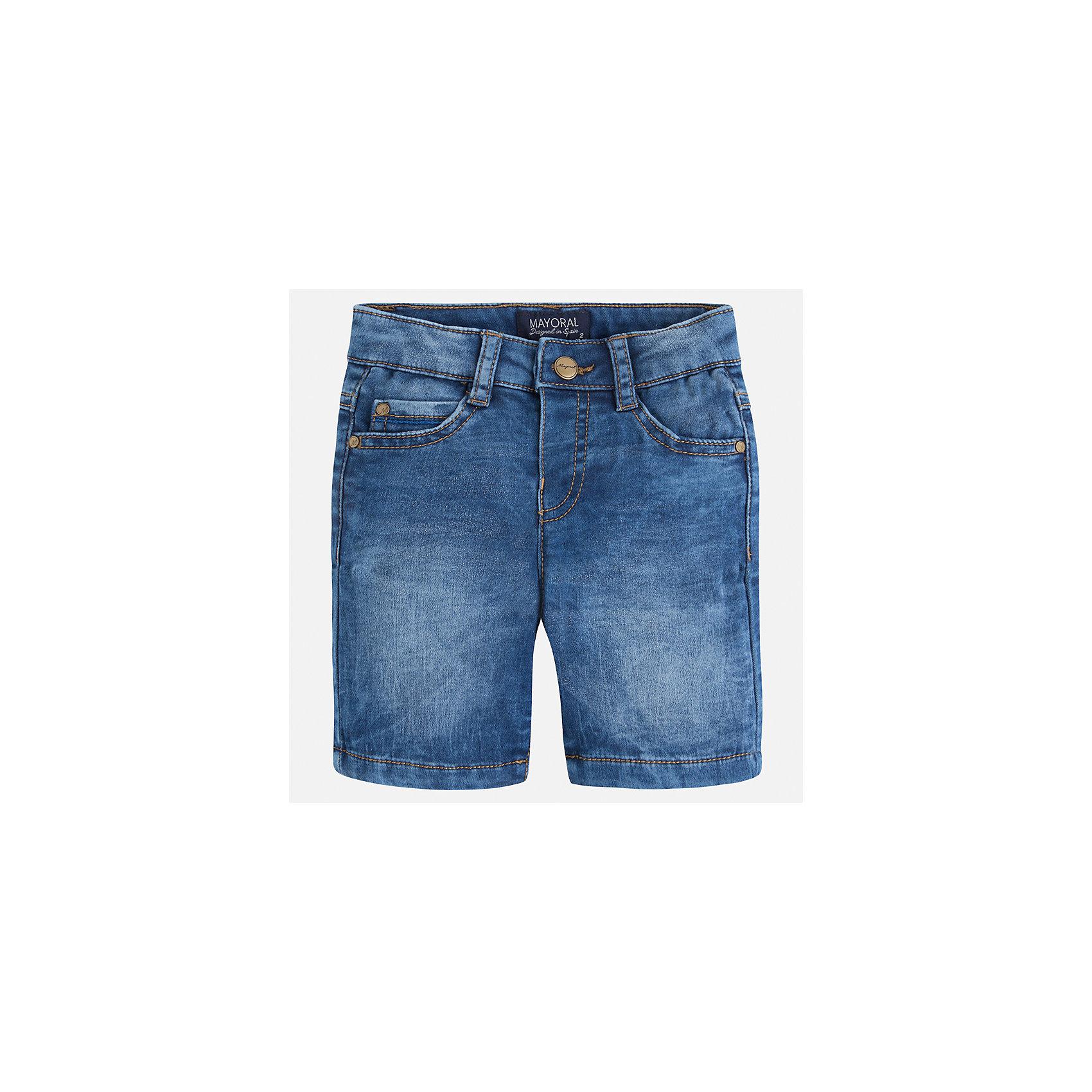 Бриджи джинсовые для мальчика MayoralХарактеристики товара:<br><br>• цвет: джинс<br>• состав: текстиль<br>• шлевки<br>• карманы<br>• пояс с регулировкой объема<br>• имитация потертости<br>• страна бренда: Испания<br><br>Модные бриджи для мальчика смогут стать базовой вещью в гардеробе ребенка. Они отлично сочетаются с майками, футболками, рубашками и т.д. Универсальный крой и цвет позволяет подобрать к вещи верх разных расцветок. Практичное и стильное изделие! В составе материала - натуральный хлопок, гипоаллергенный, приятный на ощупь, дышащий.<br><br>Одежда, обувь и аксессуары от испанского бренда Mayoral полюбились детям и взрослым по всему миру. Модели этой марки - стильные и удобные. Для их производства используются только безопасные, качественные материалы и фурнитура. Порадуйте ребенка модными и красивыми вещами от Mayoral! <br><br>Бриджи для мальчика от испанского бренда Mayoral (Майорал) можно купить в нашем интернет-магазине.<br><br>Ширина мм: 191<br>Глубина мм: 10<br>Высота мм: 175<br>Вес г: 273<br>Цвет: синий<br>Возраст от месяцев: 36<br>Возраст до месяцев: 48<br>Пол: Мужской<br>Возраст: Детский<br>Размер: 104,116,122,134,110,98,92,128<br>SKU: 5272558