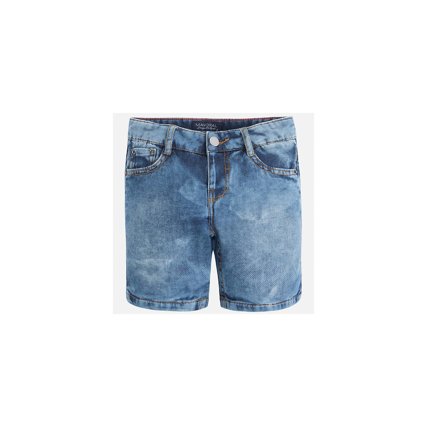 Бриджи джинсовые для мальчика MayoralШорты, бриджи, капри<br>Характеристики товара:<br><br>• цвет: синий<br>• состав: 100% хлопок<br>• шлевки<br>• карманы<br>• пояс с регулировкой объема<br>• имитация потертости<br>• страна бренда: Испания<br><br>Модные бриджи для мальчика смогут стать базовой вещью в гардеробе ребенка. Они отлично сочетаются с майками, футболками, рубашками и т.д. Универсальный крой и цвет позволяет подобрать к вещи верх разных расцветок. Практичное и стильное изделие! В составе материала - натуральный хлопок, гипоаллергенный, приятный на ощупь, дышащий.<br><br>Одежда, обувь и аксессуары от испанского бренда Mayoral полюбились детям и взрослым по всему миру. Модели этой марки - стильные и удобные. Для их производства используются только безопасные, качественные материалы и фурнитура. Порадуйте ребенка модными и красивыми вещами от Mayoral! <br><br>Бриджи для мальчика от испанского бренда Mayoral (Майорал) можно купить в нашем интернет-магазине.<br><br>Ширина мм: 191<br>Глубина мм: 10<br>Высота мм: 175<br>Вес г: 273<br>Цвет: голубой<br>Возраст от месяцев: 48<br>Возраст до месяцев: 60<br>Пол: Мужской<br>Возраст: Детский<br>Размер: 110,116,104,92,98,134,128,122<br>SKU: 5272603