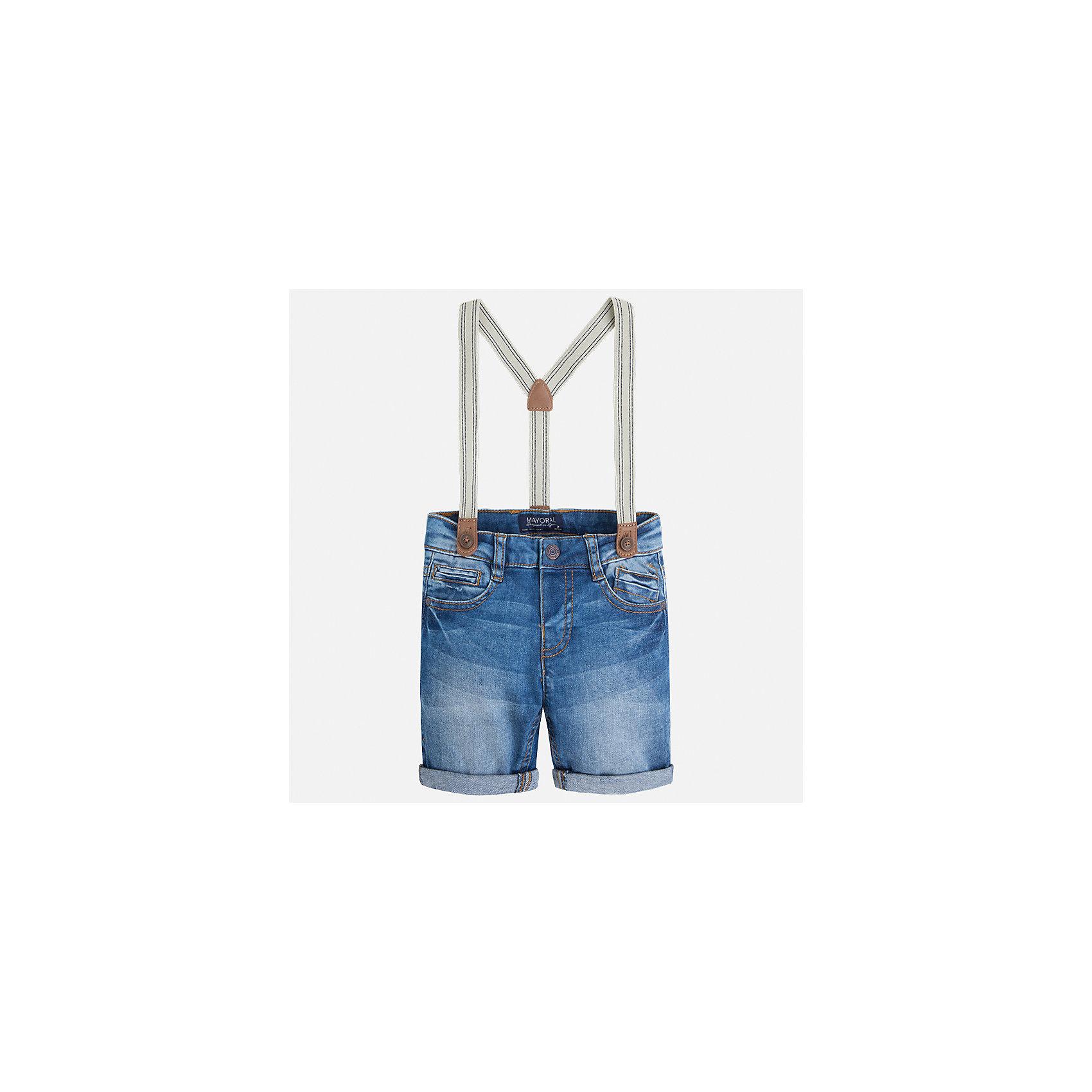 Бриджи джинсовые для мальчика MayoralДжинсовая одежда<br>Характеристики товара:<br><br>• цвет: голубой<br>• состав: 98% хлопок, 2% эластан<br>• шлевки<br>• карманы<br>• пояс с регулировкой объема<br>• подтяжки в комплекте<br>• страна бренда: Испания<br><br>Стильные удобные бриджи для мальчика смогут стать базовой вещью в гардеробе ребенка. Они отлично сочетаются с майками, футболками, рубашками и т.д. Универсальный крой и цвет позволяет подобрать к вещи верх разных расцветок. Практичное и стильное изделие! В составе материала - натуральный хлопок, гипоаллергенный, приятный на ощупь, дышащий.<br><br>Одежда, обувь и аксессуары от испанского бренда Mayoral полюбились детям и взрослым по всему миру. Модели этой марки - стильные и удобные. Для их производства используются только безопасные, качественные материалы и фурнитура. Порадуйте ребенка модными и красивыми вещами от Mayoral! <br><br>Бриджи для мальчика от испанского бренда Mayoral (Майорал) можно купить в нашем интернет-магазине.<br><br>Ширина мм: 191<br>Глубина мм: 10<br>Высота мм: 175<br>Вес г: 273<br>Цвет: голубой<br>Возраст от месяцев: 36<br>Возраст до месяцев: 48<br>Пол: Мужской<br>Возраст: Детский<br>Размер: 104,116,134,110,128,122,98,92<br>SKU: 5272612