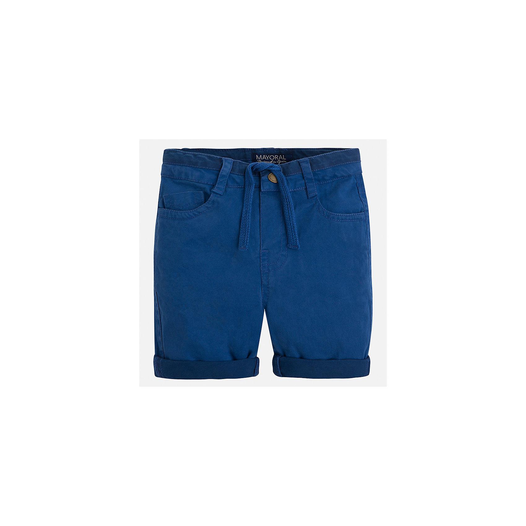 Бриджи для мальчика MayoralХарактеристики товара:<br><br>• цвет: синий<br>• состав: 92% хлопок, 8% эластан<br>• шлевки<br>• карманы<br>• пояс с регулировкой объема<br>• шнурок в поясе<br>• страна бренда: Испания<br><br>Удобные модные бриджи для мальчика смогут стать базовой вещью в гардеробе ребенка. Они отлично сочетаются с майками, футболками, рубашками и т.д. Универсальный крой и цвет позволяет подобрать к вещи верх разных расцветок. Практичное и стильное изделие! В составе материала - натуральный хлопок, гипоаллергенный, приятный на ощупь, дышащий.<br><br>Одежда, обувь и аксессуары от испанского бренда Mayoral полюбились детям и взрослым по всему миру. Модели этой марки - стильные и удобные. Для их производства используются только безопасные, качественные материалы и фурнитура. Порадуйте ребенка модными и красивыми вещами от Mayoral! <br><br>Бриджи для мальчика от испанского бренда Mayoral (Майорал) можно купить в нашем интернет-магазине.<br><br>Ширина мм: 191<br>Глубина мм: 10<br>Высота мм: 175<br>Вес г: 273<br>Цвет: серый<br>Возраст от месяцев: 84<br>Возраст до месяцев: 96<br>Пол: Мужской<br>Возраст: Детский<br>Размер: 128,134,122,116,110,104,98,92<br>SKU: 5272657