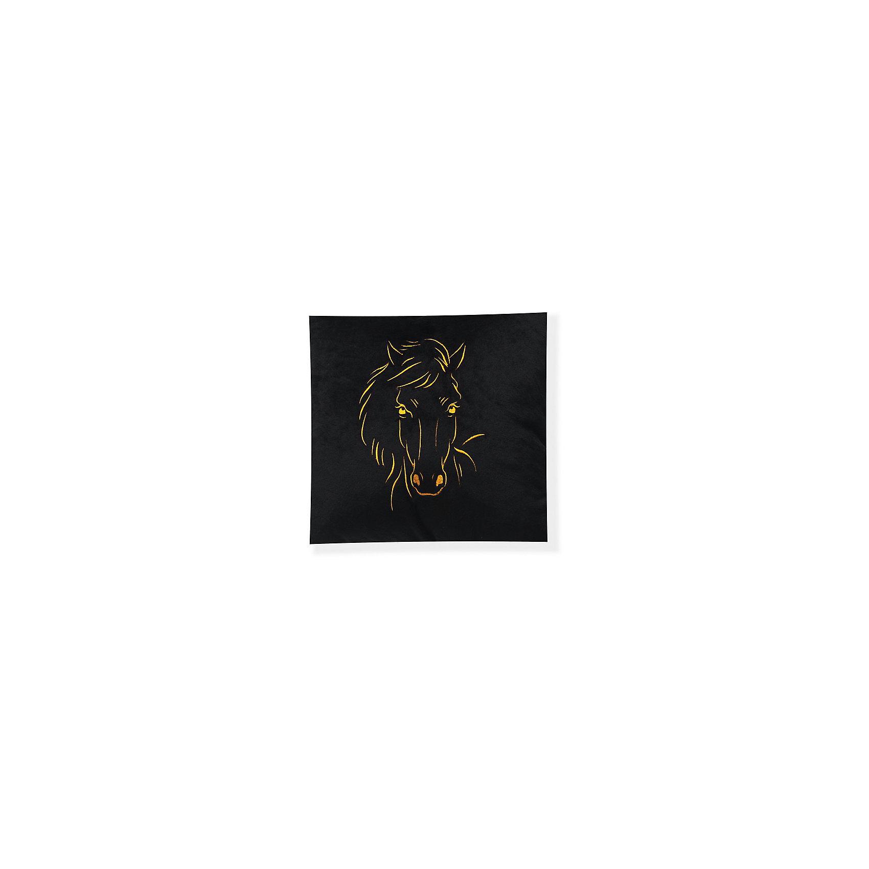 Декоративная подушка Лошадь арт. 1845-1, Small Toys, черныйДомашний текстиль<br>Характеристики товара:<br><br>• цвет: черный<br>• материал: текстиль, наполнитель<br>• размер: 31х31 см<br>• фактура: короткий искусственный мех<br>• украшена изображением лошади<br>• декоративная<br>• страна бренда: Российская Федерация<br>• страна производства: Российская Федерация<br><br>Красивая и качественная подушка может отличным подарком ребенку или взрослому. Она декорирована изображением лошади - а кто не любит этих благородных животных?! Подушка сделана из приятного на ощупь материала и мягкого наполнителя.<br>Такое изделие будет отлично смотреться в интерьерах разных стилей, добавляя в комнату уюта. Она выполнена в приятной расцветке. Швы хорошо проработаны. Изделие произведено из сертифицированных материалов, безопасных для детей.<br><br>Декоративную подушку Лошадь арт. 1845-1 от бренда Small Toys можно купить в нашем интернет-магазине.<br><br>Ширина мм: 160<br>Глубина мм: 350<br>Высота мм: 350<br>Вес г: 430<br>Возраст от месяцев: 36<br>Возраст до месяцев: 72<br>Пол: Унисекс<br>Возраст: Детский<br>SKU: 5272896