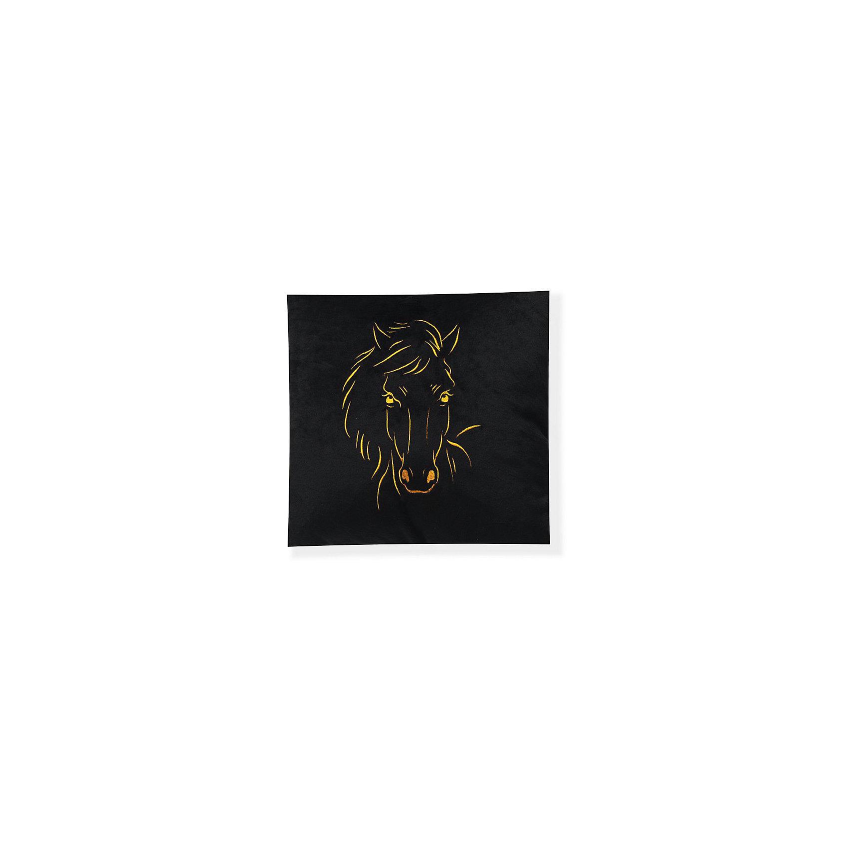 Декоративная подушка Лошадь арт. 1845, Small Toys, черныйХарактеристики товара:<br><br>• цвет: черный<br>• материал: текстиль, наполнитель<br>• размер: 31х31 см<br>• фактура: короткий искусственный мех<br>• украшена изображением лошади<br>• декоративная<br>• страна бренда: Российская Федерация<br>• страна производства: Российская Федерация<br><br>Красивая и качественная подушка может отличным подарком ребенку или взрослому. Она декорирована изображением лошади - а кто не любит этих благородных животных?! Подушка сделана из приятного на ощупь материала и мягкого наполнителя.<br>Такое изделие будет отлично смотреться в интерьерах разных стилей, добавляя в комнату уюта. Она выполнена в приятной расцветке. Швы хорошо проработаны. Изделие произведено из сертифицированных материалов, безопасных для детей.<br><br>Декоративную подушку Лошадь арт. 1845 от бренда Small Toys можно купить в нашем интернет-магазине.<br><br>Ширина мм: 160<br>Глубина мм: 350<br>Высота мм: 350<br>Вес г: 430<br>Возраст от месяцев: 36<br>Возраст до месяцев: 72<br>Пол: Унисекс<br>Возраст: Детский<br>SKU: 5272899