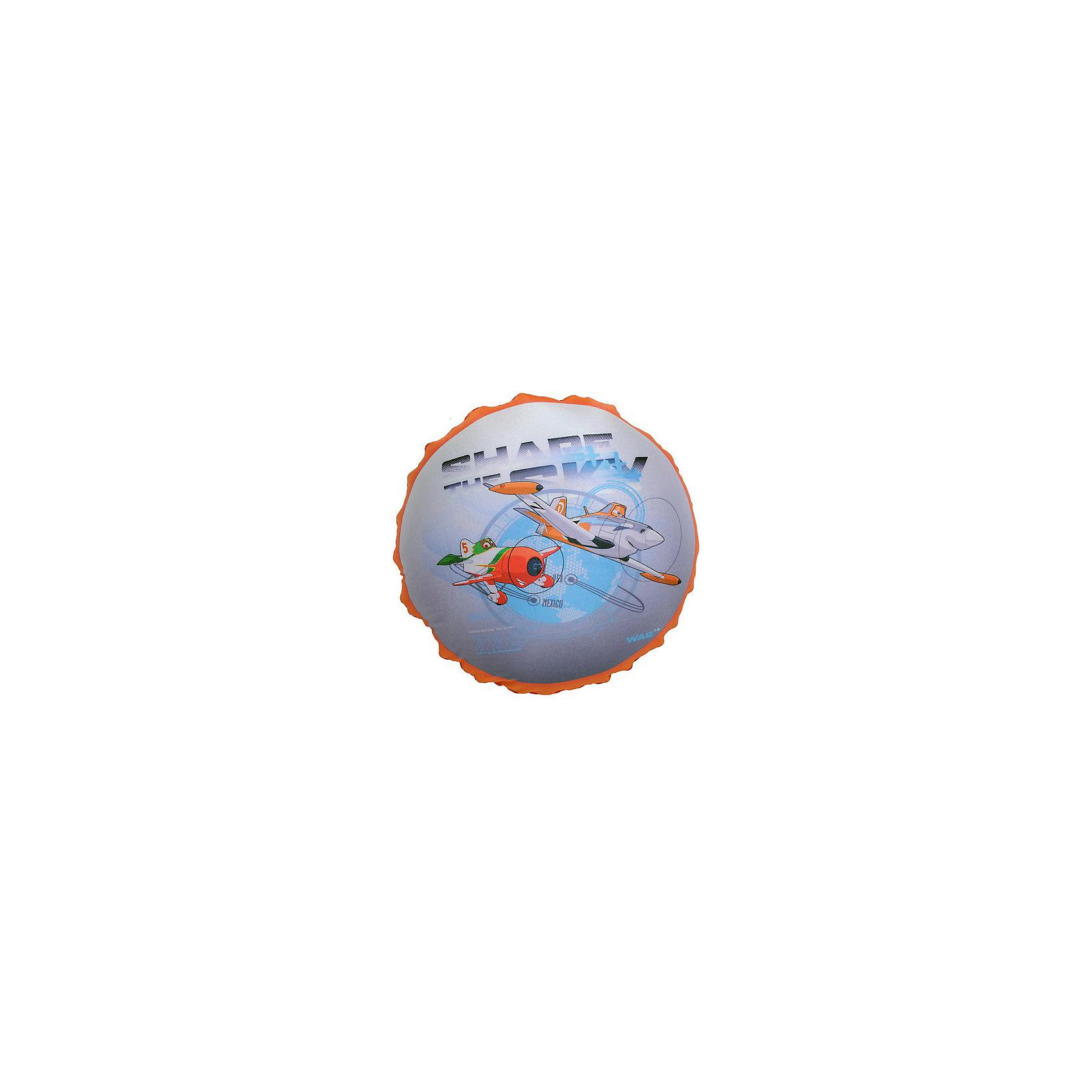 Подушка антистресс Самолеты В31, арт. 52757-1, Small Toys, красныйДомашний текстиль<br>Характеристики товара:<br><br>• материал: текстиль, шарики полистирол<br>• размер: 30х30х10 см<br>• украшена принтом<br>• эффект массажа<br>• страна бренда: Российская Федерация<br>• страна производства: Российская Федерация<br><br>Думаете, что подарить? Красивая и качественная подушка может отличным подарком ребенку или взрослому, тем более, если она украшена изображением любимого персонажа. Подушка сделана из приятного на ощупь материала и специального наполнителя - гранул полистирола, которые приятно пересыпаются внутри неё.<br>Такое изделие сможет оказывать точечный массаж ладошек, если держать её в руках, развивать моторику и отвлекать ребенка при необходимости. В поездках или дома на диване такая подушка поможет занять удобное положение и при этом будет приятно массировать шею. Подушка выполнена в приятной расцветке. Швы хорошо проработаны. Изделие произведено из сертифицированных материалов, безопасных для детей.<br><br>Подушку антистресс Самолеты В31, арт. 52757/Rd-1 от бренда Small Toys можно купить в нашем интернет-магазине.<br><br>Ширина мм: 60<br>Глубина мм: 310<br>Высота мм: 310<br>Вес г: 60<br>Возраст от месяцев: 36<br>Возраст до месяцев: 72<br>Пол: Мужской<br>Возраст: Детский<br>SKU: 5272915