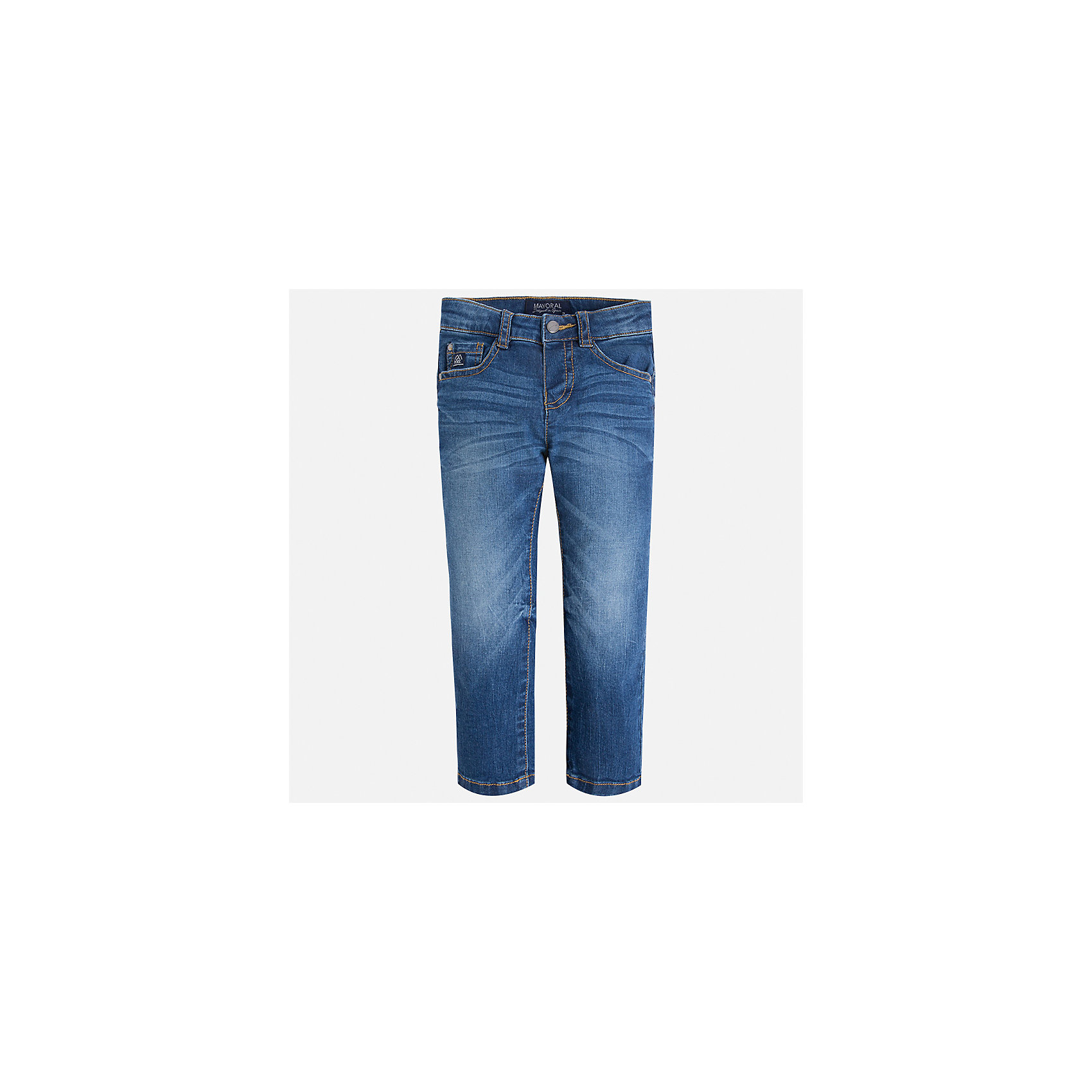 Джинсы для мальчика MayoralДжинсовая одежда<br>Характеристики товара:<br><br>• цвет: синий<br>• состав: 99% хлопок, 1% эластан<br>• имитация потертостей<br>• шлевки<br>• карманы<br>• классический силуэт<br>• страна бренда: Испания<br><br>Модные джинсы для мальчика смогут стать базовой вещью в гардеробе ребенка. Они отлично сочетаются с майками, футболками, рубашками и т.д. Универсальный крой и цвет позволяет подобрать к вещи верх разных расцветок. Практичное и стильное изделие! В составе материала - натуральный хлопок, гипоаллергенный, приятный на ощупь, дышащий.<br><br>Одежда, обувь и аксессуары от испанского бренда Mayoral полюбились детям и взрослым по всему миру. Модели этой марки - стильные и удобные. Для их производства используются только безопасные, качественные материалы и фурнитура. Порадуйте ребенка модными и красивыми вещами от Mayoral! <br><br>Джинсы для мальчика от испанского бренда Mayoral (Майорал) можно купить в нашем интернет-магазине.<br><br>Ширина мм: 215<br>Глубина мм: 88<br>Высота мм: 191<br>Вес г: 336<br>Цвет: синий<br>Возраст от месяцев: 18<br>Возраст до месяцев: 24<br>Пол: Мужской<br>Возраст: Детский<br>Размер: 92,134,128,122,116,110,104,98<br>SKU: 5277624