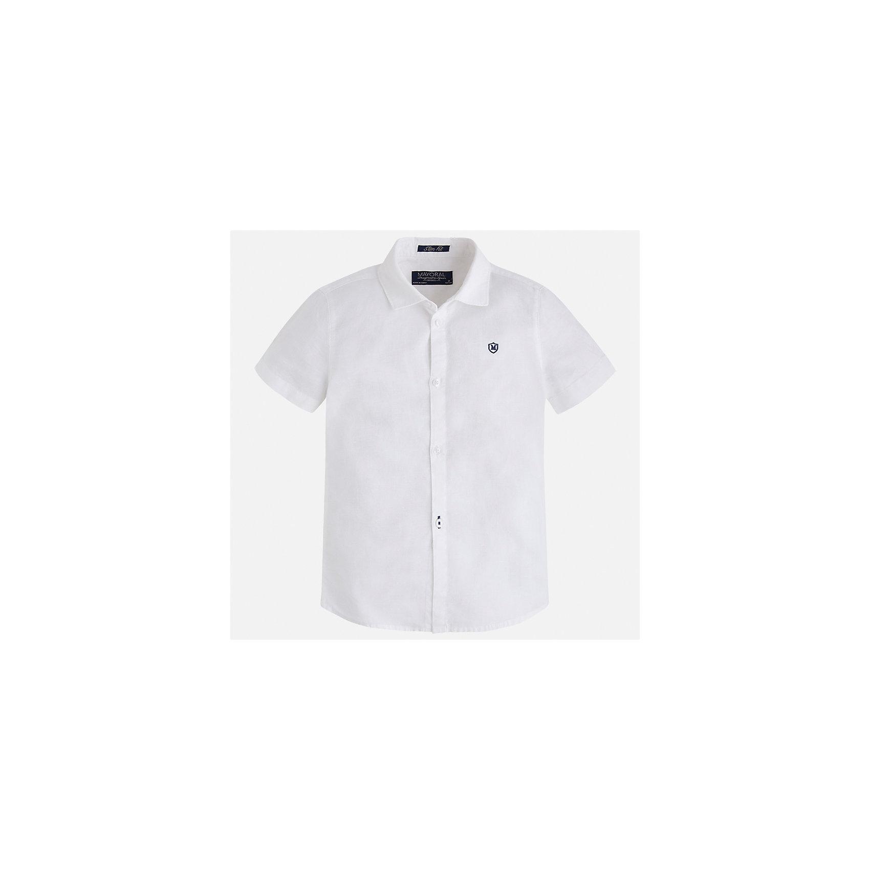 Рубашка для мальчика MayoralОдежда<br>Характеристики товара:<br><br>• цвет: белый<br>• состав: 70% хлопок, 30% лен<br>• отложной воротник<br>• короткие рукава<br>• застежка: пуговицы<br>• вышивка на груди<br>• страна бренда: Испания<br><br>Удобная и модная рубашка для мальчика может стать базовой вещью в гардеробе ребенка. Она отлично сочетается с брюками, шортами, джинсами и т.д. Универсальный крой и цвет позволяет подобрать к вещи низ разных расцветок. Практичное и стильное изделие! В составе материала - натуральный хлопок, гипоаллергенный, приятный на ощупь, дышащий.<br><br>Одежда, обувь и аксессуары от испанского бренда Mayoral полюбились детям и взрослым по всему миру. Модели этой марки - стильные и удобные. Для их производства используются только безопасные, качественные материалы и фурнитура. Порадуйте ребенка модными и красивыми вещами от Mayoral! <br><br>Рубашку для мальчика от испанского бренда Mayoral (Майорал) можно купить в нашем интернет-магазине.<br><br>Ширина мм: 174<br>Глубина мм: 10<br>Высота мм: 169<br>Вес г: 157<br>Цвет: белый<br>Возраст от месяцев: 18<br>Возраст до месяцев: 24<br>Пол: Мужской<br>Возраст: Детский<br>Размер: 122,116,110,104,98,92,134,128<br>SKU: 5277695