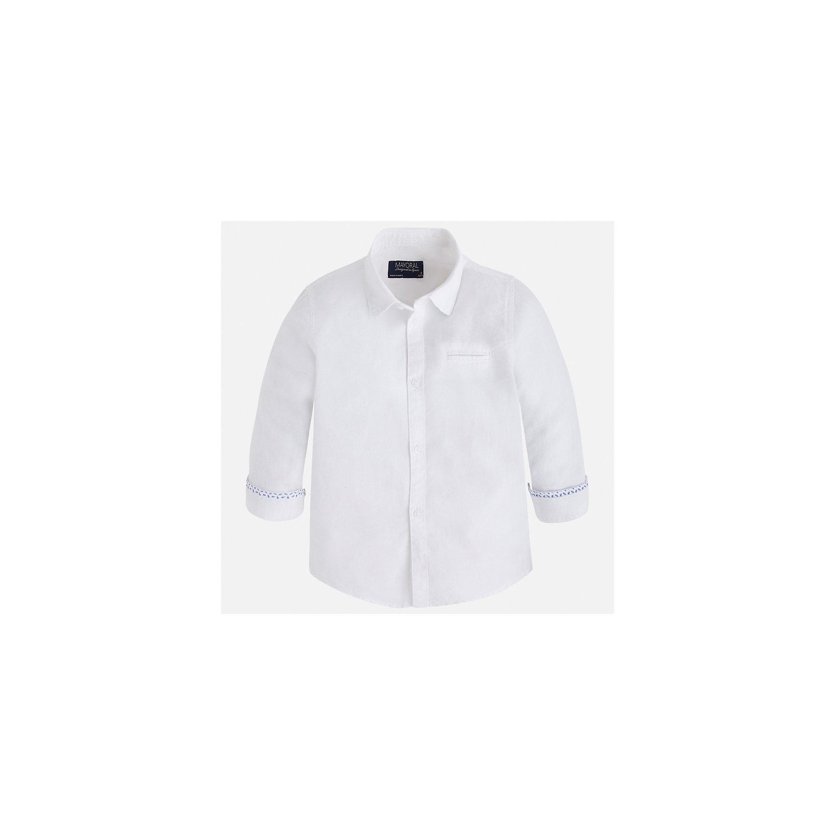 Рубашка для мальчика MayoralОдежда<br>Характеристики товара:<br><br>• цвет: белый<br>• состав: 70% хлопок, 30% лен<br>• отложной воротник<br>• рукава с отворотами<br>• застежка: пуговицы<br>• карман на груди<br>• страна бренда: Испания<br><br>Удобная и модная рубашка для мальчика может стать базовой вещью в гардеробе ребенка. Она отлично сочетается с брюками, шортами, джинсами и т.д. Универсальный крой и цвет позволяет подобрать к вещи низ разных расцветок. Практичное и стильное изделие! В составе материала - натуральный хлопок, гипоаллергенный, приятный на ощупь, дышащий.<br><br>Одежда, обувь и аксессуары от испанского бренда Mayoral полюбились детям и взрослым по всему миру. Модели этой марки - стильные и удобные. Для их производства используются только безопасные, качественные материалы и фурнитура. Порадуйте ребенка модными и красивыми вещами от Mayoral! <br><br>Рубашку для мальчика от испанского бренда Mayoral (Майорал) можно купить в нашем интернет-магазине.<br><br>Ширина мм: 174<br>Глубина мм: 10<br>Высота мм: 169<br>Вес г: 157<br>Цвет: белый<br>Возраст от месяцев: 18<br>Возраст до месяцев: 24<br>Пол: Мужской<br>Возраст: Детский<br>Размер: 92,134,128,122,116,110,104,98<br>SKU: 5277722