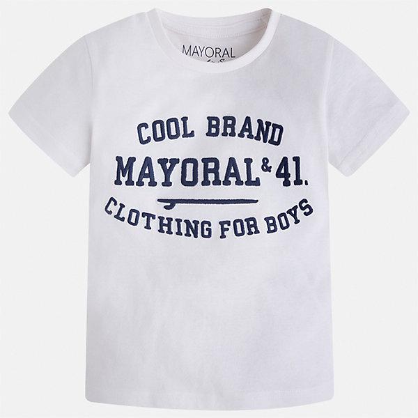 Футболка для мальчика MayoralФутболки, поло и топы<br>Характеристики товара:<br><br>• цвет: белый<br>• состав: 100% хлопок<br>• мягкая отделка ворота<br>• короткие рукава<br>• округлая горловина<br>• декорирована принтом<br>• страна бренда: Испания<br><br>Стильная удобная футболка для мальчика может стать базовой вещью в гардеробе ребенка. Она отлично сочетается с брюками, шортами, джинсами. Универсальный крой и цвет позволяет подобрать к вещи низ разных расцветок. Практичное и стильное изделие! В составе материала - только натуральный хлопок, гипоаллергенный, приятный на ощупь, дышащий.<br><br>Одежда, обувь и аксессуары от испанского бренда Mayoral полюбились детям и взрослым по всему миру. Модели этой марки - стильные и удобные. Для их производства используются только безопасные, качественные материалы и фурнитура. Порадуйте ребенка модными и красивыми вещами от Mayoral! <br><br>Футболку для мальчика от испанского бренда Mayoral (Майорал) можно купить в нашем интернет-магазине.<br><br>Ширина мм: 199<br>Глубина мм: 10<br>Высота мм: 161<br>Вес г: 151<br>Цвет: белый<br>Возраст от месяцев: 18<br>Возраст до месяцев: 24<br>Пол: Мужской<br>Возраст: Детский<br>Размер: 92,134,122,98,104,110,116,128<br>SKU: 5277812