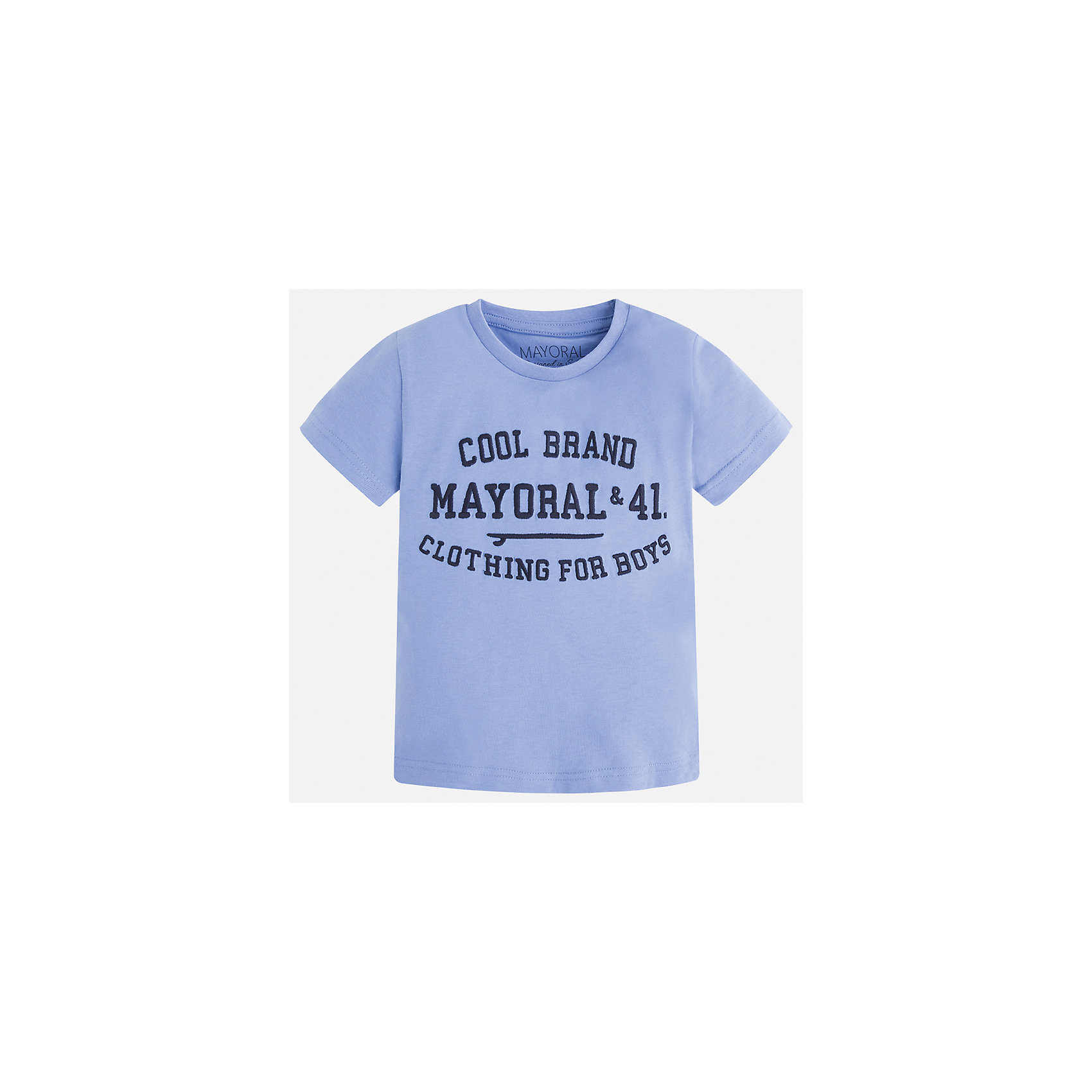 Футболка для мальчика MayoralФутболки, поло и топы<br>Характеристики товара:<br><br>• цвет: голубой<br>• состав: 100% хлопок<br>• мягкая отделка ворота<br>• короткие рукава<br>• округлая горловина<br>• декорирована принтом<br>• страна бренда: Испания<br><br>Стильная удобная футболка для мальчика может стать базовой вещью в гардеробе ребенка. Она отлично сочетается с брюками, шортами, джинсами. Универсальный крой и цвет позволяет подобрать к вещи низ разных расцветок. Практичное и стильное изделие! В составе материала - только натуральный хлопок, гипоаллергенный, приятный на ощупь, дышащий.<br><br>Одежда, обувь и аксессуары от испанского бренда Mayoral полюбились детям и взрослым по всему миру. Модели этой марки - стильные и удобные. Для их производства используются только безопасные, качественные материалы и фурнитура. Порадуйте ребенка модными и красивыми вещами от Mayoral! <br><br>Футболку для мальчика от испанского бренда Mayoral (Майорал) можно купить в нашем интернет-магазине.<br><br>Ширина мм: 199<br>Глубина мм: 10<br>Высота мм: 161<br>Вес г: 151<br>Цвет: голубой<br>Возраст от месяцев: 36<br>Возраст до месяцев: 48<br>Пол: Мужской<br>Возраст: Детский<br>Размер: 104,134,128,122,116,110,98,92<br>SKU: 5277830