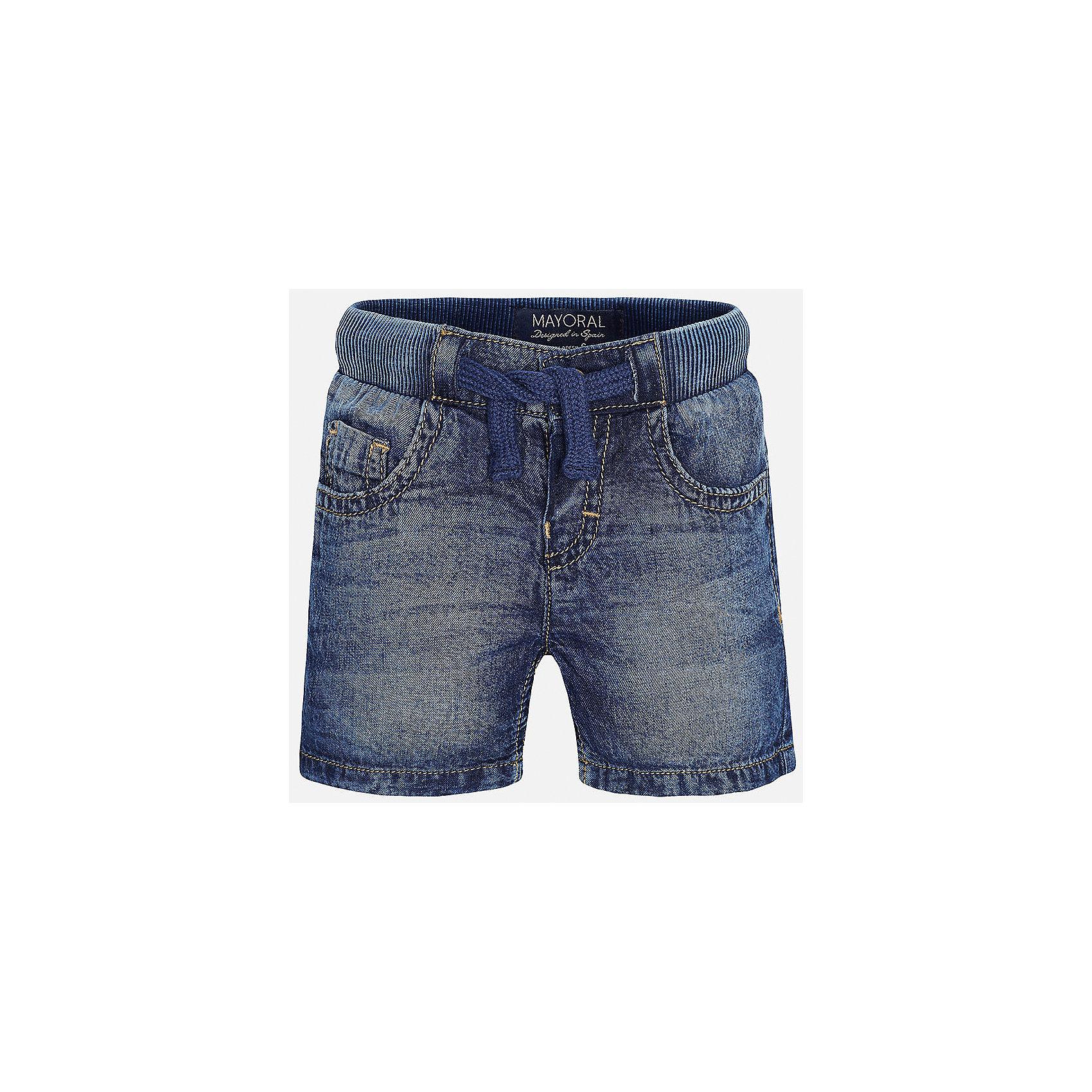 Бриджи джинсовые для мальчика MayoralШорты и бриджи<br>Характеристики товара:<br><br>• цвет: синий<br>• состав: 100% хлопок<br>• имитация потертостей<br>• мягкая резинка на талии<br>• карманы<br>• пояс со шнурком<br>• классический силуэт<br>• страна бренда: Испания<br><br>Модные бриджи для мальчика смогут стать базовой вещью в гардеробе ребенка. Они отлично сочетаются с майками, футболками, рубашками и т.д. Универсальный крой и цвет позволяет подобрать к вещи верх разных расцветок. Практичное и стильное изделие! В составе материала - натуральный хлопок, гипоаллергенный, приятный на ощупь, дышащий.<br><br>Одежда, обувь и аксессуары от испанского бренда Mayoral полюбились детям и взрослым по всему миру. Модели этой марки - стильные и удобные. Для их производства используются только безопасные, качественные материалы и фурнитура. Порадуйте ребенка модными и красивыми вещами от Mayoral! <br><br>Бриджи для мальчика от испанского бренда Mayoral (Майорал) можно купить в нашем интернет-магазине.<br><br>Ширина мм: 191<br>Глубина мм: 10<br>Высота мм: 175<br>Вес г: 273<br>Цвет: синий<br>Возраст от месяцев: 12<br>Возраст до месяцев: 15<br>Пол: Мужской<br>Возраст: Детский<br>Размер: 80,92,86<br>SKU: 5277851