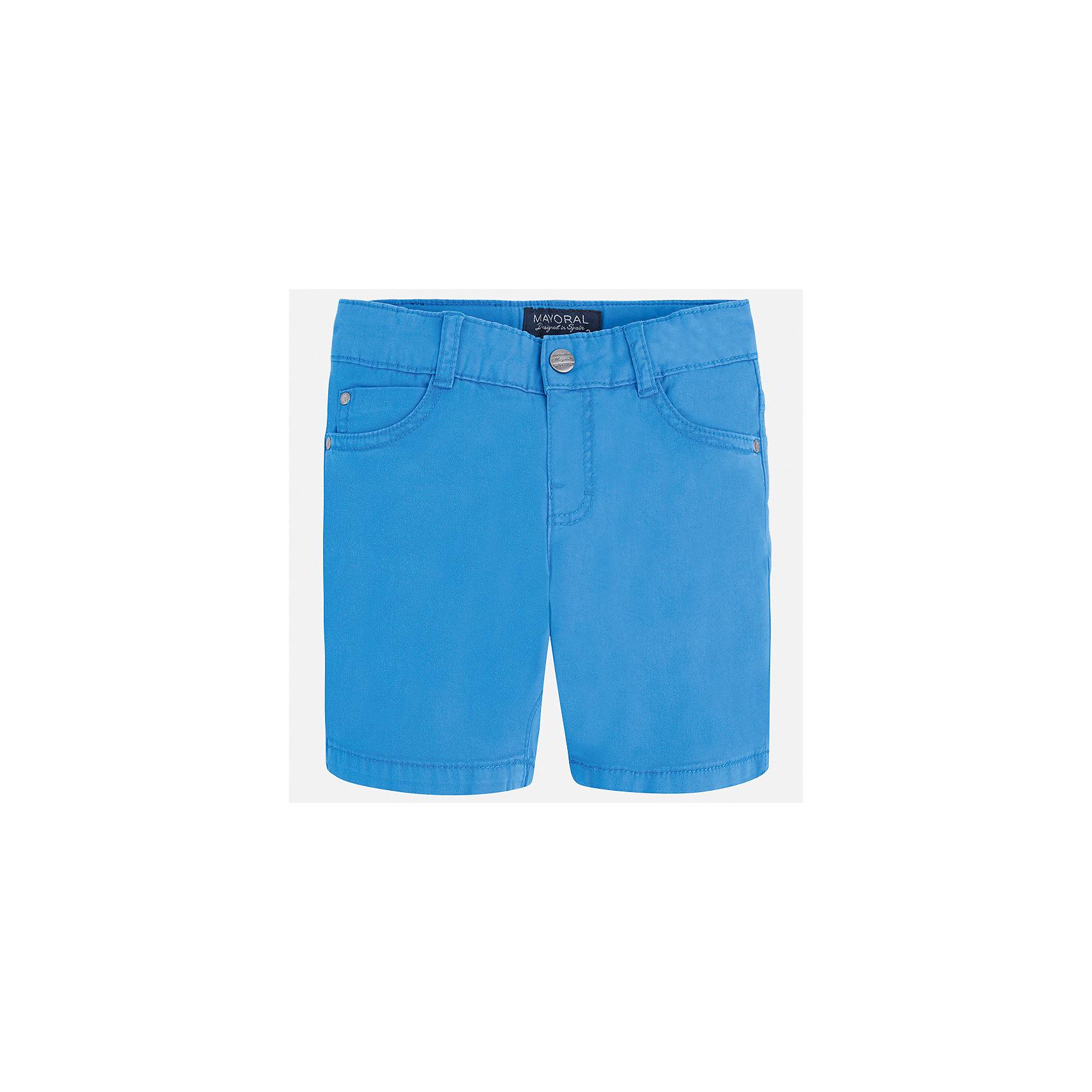 Бриджи для мальчика MayoralШорты, бриджи, капри<br>Характеристики товара:<br><br>• цвет: голубой<br>• состав: 98% хлопок, 2% эластан<br>• застежка: пуговица<br>• шлевки<br>• карманы<br>• пояс с регулировкой объема<br>• классический силуэт<br>• страна бренда: Испания<br><br>Модные бриджи для мальчика смогут стать базовой вещью в гардеробе ребенка. Они отлично сочетаются с майками, футболками, рубашками и т.д. Универсальный крой и цвет позволяет подобрать к вещи верх разных расцветок. Практичное и стильное изделие! В составе материала - натуральный хлопок, гипоаллергенный, приятный на ощупь, дышащий.<br><br>Одежда, обувь и аксессуары от испанского бренда Mayoral полюбились детям и взрослым по всему миру. Модели этой марки - стильные и удобные. Для их производства используются только безопасные, качественные материалы и фурнитура. Порадуйте ребенка модными и красивыми вещами от Mayoral! <br><br>Бриджи для мальчика от испанского бренда Mayoral (Майорал) можно купить в нашем интернет-магазине.<br><br>Ширина мм: 191<br>Глубина мм: 10<br>Высота мм: 175<br>Вес г: 273<br>Цвет: синий<br>Возраст от месяцев: 96<br>Возраст до месяцев: 108<br>Пол: Мужской<br>Возраст: Детский<br>Размер: 134,92,98,104,110,116,122,128<br>SKU: 5277855