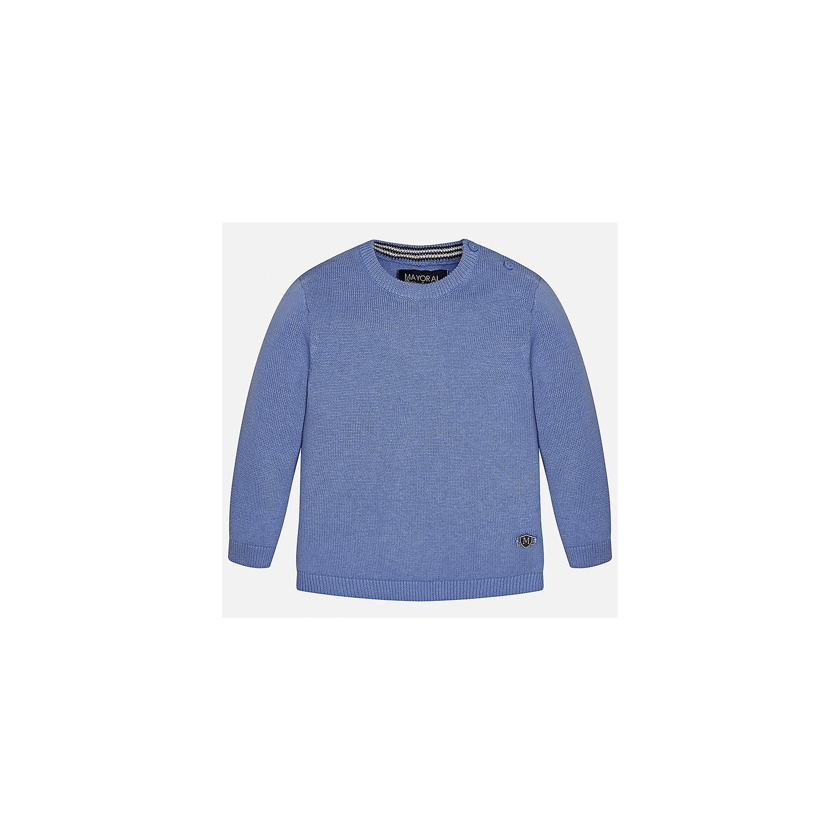 Свитер для мальчика MayoralСвитера и кардиганы<br>Характеристики товара:<br><br>• цвет: синий<br>• состав: 100% хлопок<br>• рукава длинные <br>• пуговицы на плече<br>• округлая горловина<br>• манжеты<br>• страна бренда: Испания<br><br>Удобный и красивый свитер для мальчика поможет разнообразить гардероб ребенка и обеспечить тепло. Он отлично сочетается и с джинсами, и с брюками. Универсальный цвет позволяет подобрать к вещи низ различных расцветок. Интересная отделка модели делает её нарядной и оригинальной. В составе материала - только натуральный хлопок, гипоаллергенный, приятный на ощупь, дышащий.<br><br>Одежда, обувь и аксессуары от испанского бренда Mayoral полюбились детям и взрослым по всему миру. Модели этой марки - стильные и удобные. Для их производства используются только безопасные, качественные материалы и фурнитура. Порадуйте ребенка модными и красивыми вещами от Mayoral! <br><br>Свитер для мальчика от испанского бренда Mayoral (Майорал) можно купить в нашем интернет-магазине.<br><br>Ширина мм: 190<br>Глубина мм: 74<br>Высота мм: 229<br>Вес г: 236<br>Цвет: белый<br>Возраст от месяцев: 18<br>Возраст до месяцев: 24<br>Пол: Мужской<br>Возраст: Детский<br>Размер: 92,74,80,86<br>SKU: 5277951