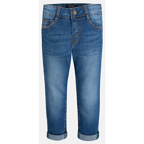 Джинсы для мальчика MayoralДжинсовая одежда<br>Характеристики товара:<br><br>• цвет: синий<br>• состав: 97% хлопок, 3% эластан<br>• имитация потертости<br>• шлевки<br>• карманы<br>• отвороты<br>• классический силуэт<br>• страна бренда: Испания<br><br>Модные брюки для мальчика смогут стать базовой вещью в гардеробе ребенка. Они отлично сочетаются с майками, футболками, рубашками и т.д. Универсальный крой и цвет позволяет подобрать к вещи верх разных расцветок. Практичное и стильное изделие! В составе материала - натуральный хлопок, гипоаллергенный, приятный на ощупь, дышащий.<br><br>Одежда, обувь и аксессуары от испанского бренда Mayoral полюбились детям и взрослым по всему миру. Модели этой марки - стильные и удобные. Для их производства используются только безопасные, качественные материалы и фурнитура. Порадуйте ребенка модными и красивыми вещами от Mayoral! <br><br>Брюки для мальчика от испанского бренда Mayoral (Майорал) можно купить в нашем интернет-магазине.<br><br>Ширина мм: 215<br>Глубина мм: 88<br>Высота мм: 191<br>Вес г: 336<br>Цвет: синий<br>Возраст от месяцев: 96<br>Возраст до месяцев: 108<br>Пол: Мужской<br>Возраст: Детский<br>Размер: 134,92,98,104,110,116,122,128<br>SKU: 5278098