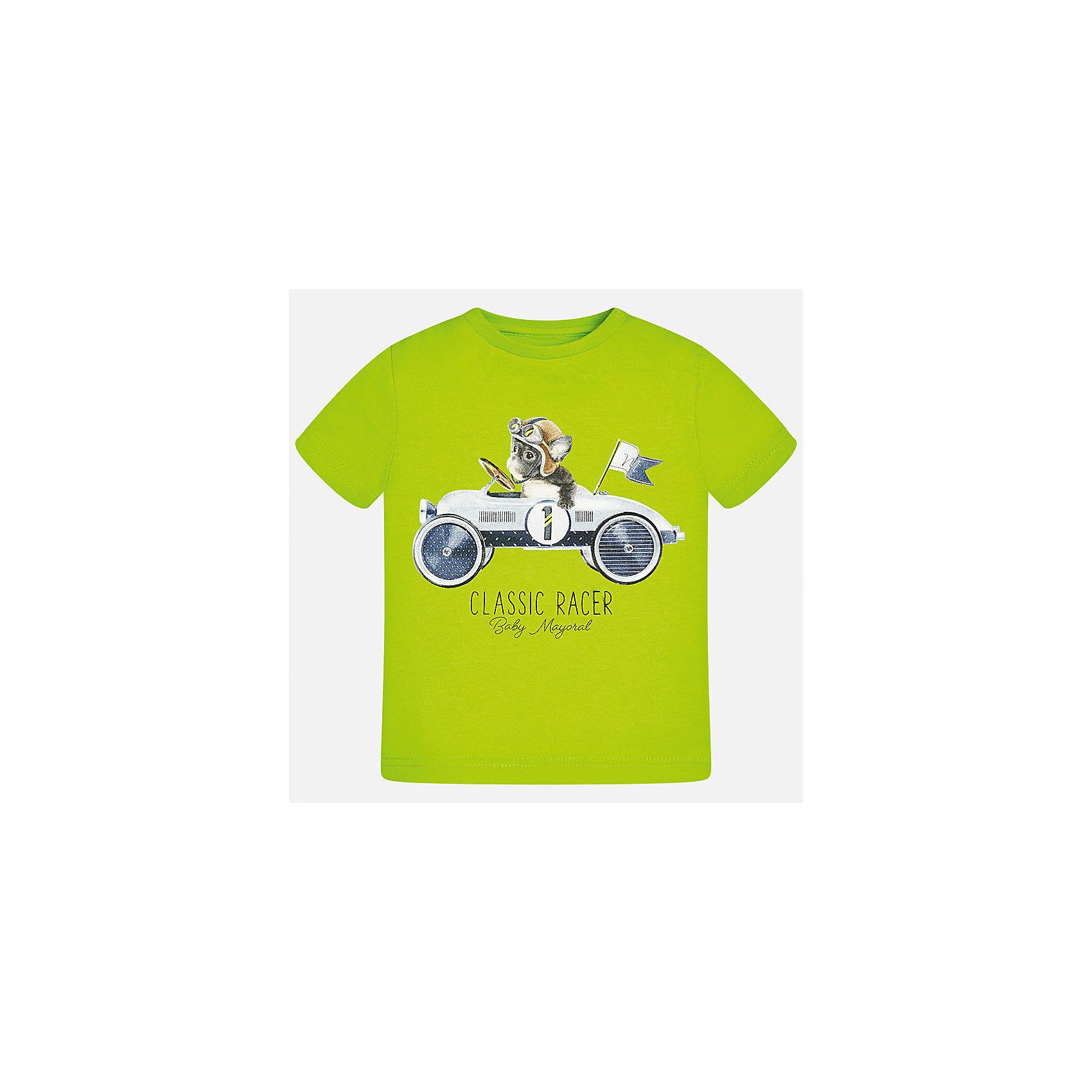 Футболка для мальчика MayoralФутболки, поло и топы<br>Характеристики товара:<br><br>• цвет: зеленый<br>• состав: 100% хлопок<br>• круглый горловой вырез<br>• декорирована принтом<br>• короткие рукава<br>• мягкая отделка горловины<br>• страна бренда: Испания<br><br>Стильная удобная футболка с принтом поможет разнообразить гардероб мальчика. Она отлично сочетается с брюками, шортами, джинсами. Хорошо смотрится и комфортно сидит на детях. В составе материала - натуральный хлопок, гипоаллергенный, приятный на ощупь, дышащий. <br><br>Футболку для мальчика от испанского бренда Mayoral (Майорал) можно купить в нашем интернет-магазине.<br><br>Ширина мм: 199<br>Глубина мм: 10<br>Высота мм: 161<br>Вес г: 151<br>Цвет: зеленый<br>Возраст от месяцев: 18<br>Возраст до месяцев: 24<br>Пол: Мужской<br>Возраст: Детский<br>Размер: 92,86,80,74<br>SKU: 5278382