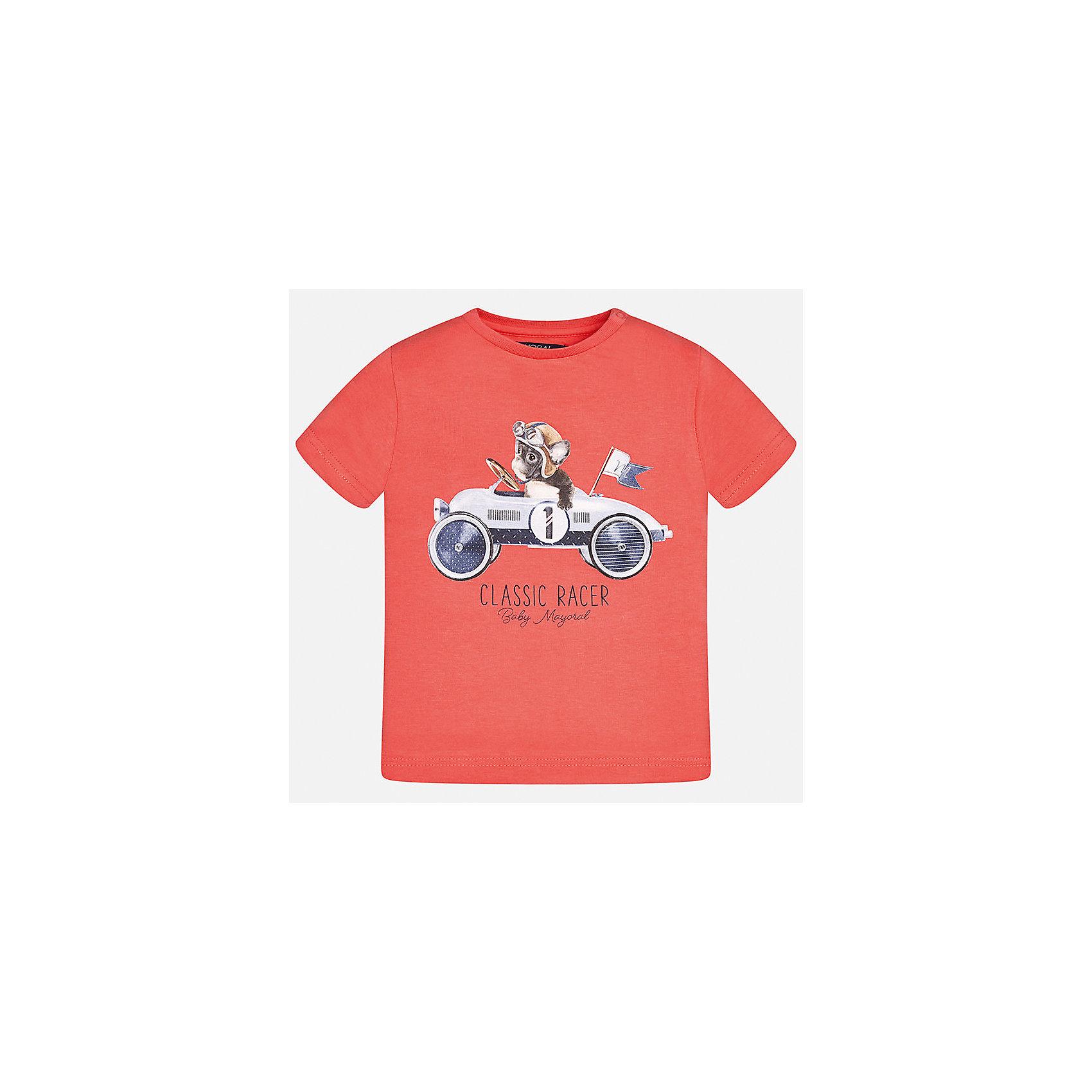 Футболка для мальчика MayoralФутболки, топы<br>Характеристики товара:<br><br>• цвет: красный<br>• состав: 100% хлопок<br>• круглый горловой вырез<br>• декорирована принтом<br>• короткие рукава<br>• мягкая отделка горловины<br>• страна бренда: Испания<br><br>Стильная удобная футболка с принтом поможет разнообразить гардероб мальчика. Она отлично сочетается с брюками, шортами, джинсами. Универсальный крой и цвет позволяет подобрать к вещи низ разных расцветок. Практичное и стильное изделие! Хорошо смотрится и комфортно сидит на детях. В составе материала - натуральный хлопок, гипоаллергенный, приятный на ощупь, дышащий. <br><br>Одежда, обувь и аксессуары от испанского бренда Mayoral полюбились детям и взрослым по всему миру. Модели этой марки - стильные и удобные. Для их производства используются только безопасные, качественные материалы и фурнитура. Порадуйте ребенка модными и красивыми вещами от Mayoral! <br><br>Футболку для мальчика от испанского бренда Mayoral (Майорал) можно купить в нашем интернет-магазине.<br><br>Ширина мм: 199<br>Глубина мм: 10<br>Высота мм: 161<br>Вес г: 151<br>Цвет: розовый<br>Возраст от месяцев: 12<br>Возраст до месяцев: 15<br>Пол: Мужской<br>Возраст: Детский<br>Размер: 80,74,92,86<br>SKU: 5278392