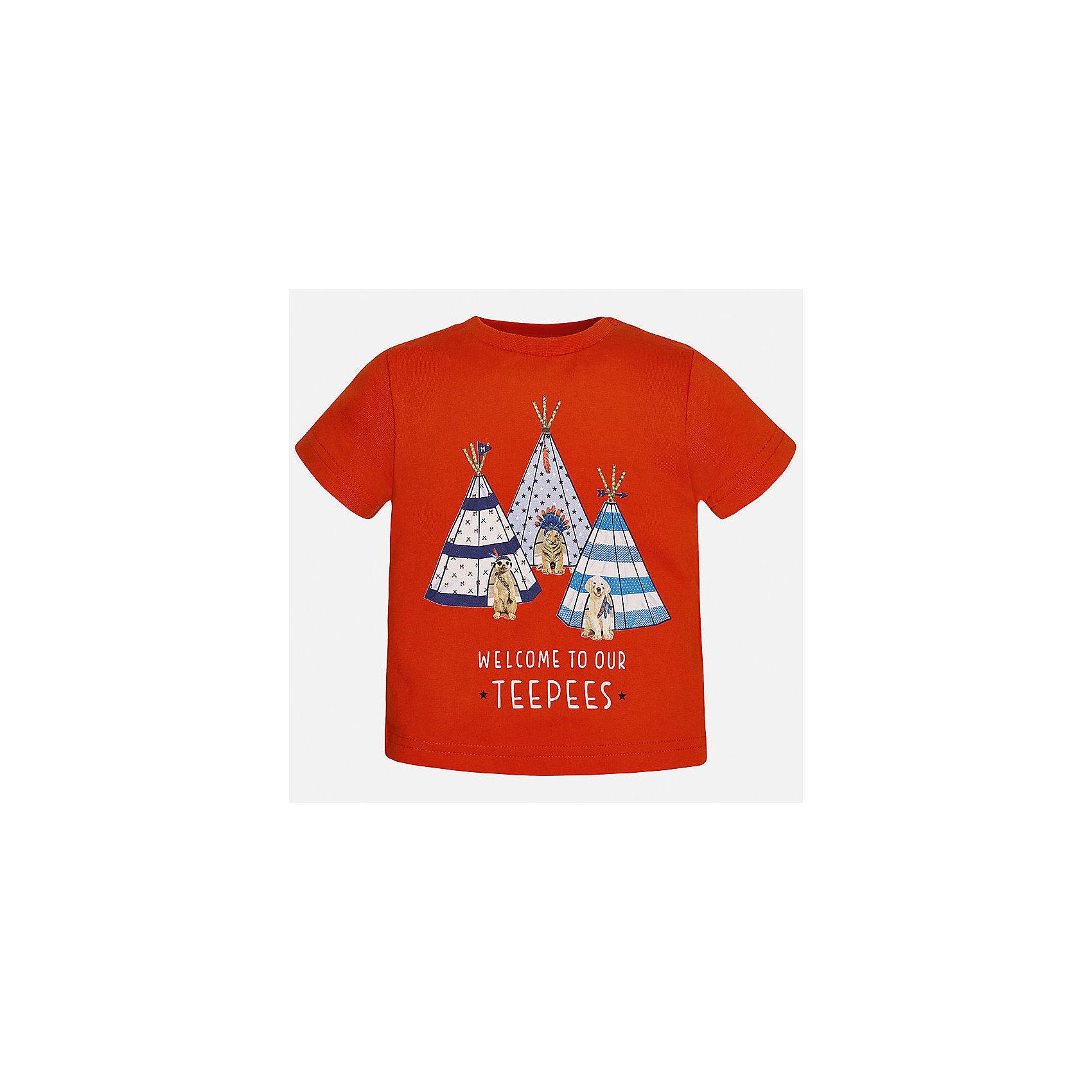 Футболка для мальчика MayoralФутболки, топы<br>Характеристики товара:<br><br>• цвет: красный<br>• состав: 100% хлопок<br>• круглый горловой вырез<br>• декорирована принтом<br>• короткие рукава<br>• мягкая отделка горловины<br>• страна бренда: Испания<br><br>Стильная удобная футболка с принтом поможет разнообразить гардероб мальчика. Она отлично сочетается с брюками, шортами, джинсами. Универсальный крой и цвет позволяет подобрать к вещи низ разных расцветок. Практичное и стильное изделие! Хорошо смотрится и комфортно сидит на детях. В составе материала - натуральный хлопок, гипоаллергенный, приятный на ощупь, дышащий. <br><br>Одежда, обувь и аксессуары от испанского бренда Mayoral полюбились детям и взрослым по всему миру. Модели этой марки - стильные и удобные. Для их производства используются только безопасные, качественные материалы и фурнитура. Порадуйте ребенка модными и красивыми вещами от Mayoral! <br><br>Футболку для мальчика от испанского бренда Mayoral (Майорал) можно купить в нашем интернет-магазине.<br><br>Ширина мм: 199<br>Глубина мм: 10<br>Высота мм: 161<br>Вес г: 151<br>Цвет: красный<br>Возраст от месяцев: 12<br>Возраст до месяцев: 15<br>Пол: Мужской<br>Возраст: Детский<br>Размер: 80,86,92<br>SKU: 5278409