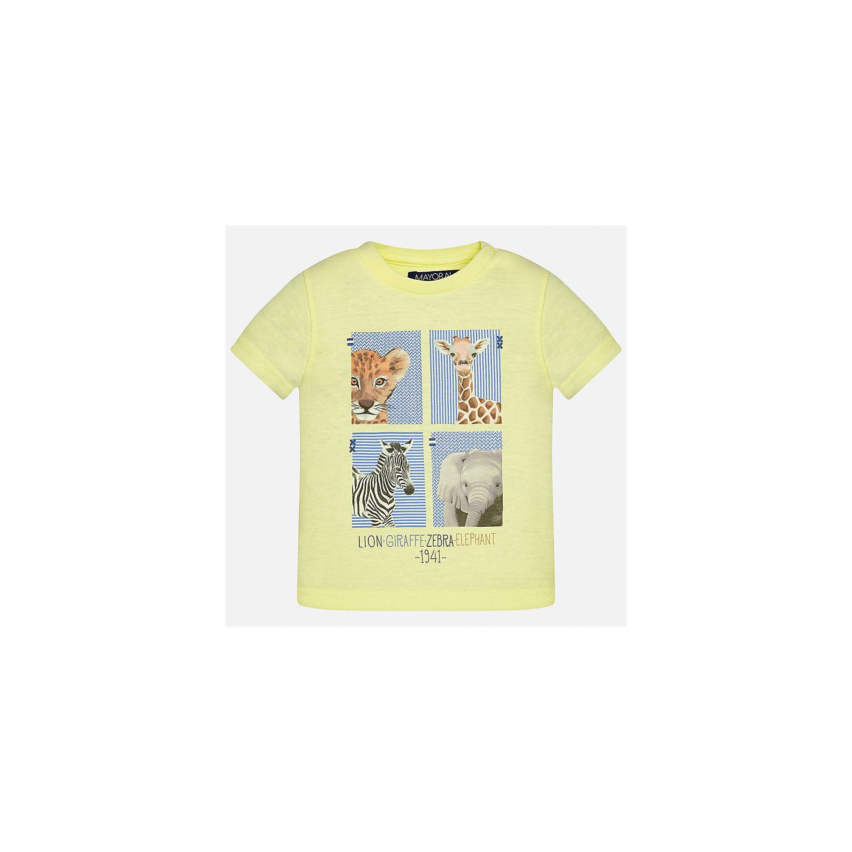 Футболка для мальчика MayoralФутболки, поло и топы<br>Характеристики товара:<br><br>• цвет: желтый<br>• состав: 100% хлопок<br>• круглый горловой вырез<br>• декорирована принтом<br>• короткие рукава<br>• мягкая отделка горловины<br>• страна бренда: Испания<br><br>Стильная удобная футболка с принтом поможет разнообразить гардероб мальчика. Она отлично сочетается с брюками, шортами, джинсами. Универсальный крой и цвет позволяет подобрать к вещи низ разных расцветок. Практичное и стильное изделие! Хорошо смотрится и комфортно сидит на детях. В составе материала - натуральный хлопок, гипоаллергенный, приятный на ощупь, дышащий. <br><br>Одежда, обувь и аксессуары от испанского бренда Mayoral полюбились детям и взрослым по всему миру. Модели этой марки - стильные и удобные. Для их производства используются только безопасные, качественные материалы и фурнитура. Порадуйте ребенка модными и красивыми вещами от Mayoral! <br><br>Футболку для мальчика от испанского бренда Mayoral (Майорал) можно купить в нашем интернет-магазине.<br><br>Ширина мм: 199<br>Глубина мм: 10<br>Высота мм: 161<br>Вес г: 151<br>Цвет: оранжевый<br>Возраст от месяцев: 18<br>Возраст до месяцев: 24<br>Пол: Мужской<br>Возраст: Детский<br>Размер: 92,86,80<br>SKU: 5278429