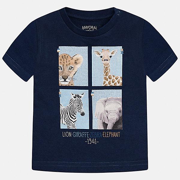 Футболка для мальчика MayoralФутболки, топы<br>Характеристики товара:<br><br>• цвет: тёмно-синий<br>• состав: 100% хлопок<br>• круглый горловой вырез<br>• декорирована принтом<br>• короткие рукава<br>• мягкая отделка горловины<br>• страна бренда: Испания<br><br>Стильная удобная футболка с принтом поможет разнообразить гардероб мальчика. Она отлично сочетается с брюками, шортами, джинсами. Универсальный крой и цвет позволяет подобрать к вещи низ разных расцветок. Практичное и стильное изделие! Хорошо смотрится и комфортно сидит на детях. В составе материала - натуральный хлопок, гипоаллергенный, приятный на ощупь, дышащий. <br><br>Одежда, обувь и аксессуары от испанского бренда Mayoral полюбились детям и взрослым по всему миру. Модели этой марки - стильные и удобные. Для их производства используются только безопасные, качественные материалы и фурнитура. Порадуйте ребенка модными и красивыми вещами от Mayoral! <br><br>Футболку для мальчика от испанского бренда Mayoral (Майорал) можно купить в нашем интернет-магазине.<br><br>Ширина мм: 199<br>Глубина мм: 10<br>Высота мм: 161<br>Вес г: 151<br>Цвет: синий<br>Возраст от месяцев: 12<br>Возраст до месяцев: 18<br>Пол: Мужской<br>Возраст: Детский<br>Размер: 86,92,80<br>SKU: 5278433