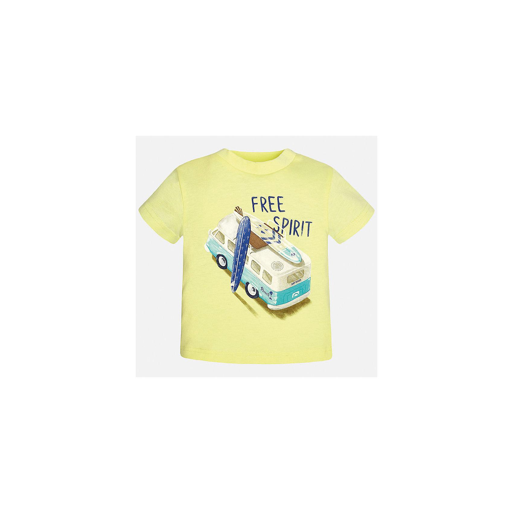 Футболка для мальчика MayoralХарактеристики товара:<br><br>• цвет: желтый<br>• состав: 100% хлопок<br>• круглый горловой вырез<br>• декорирована принтом<br>• короткие рукава<br>• мягкая отделка горловины<br>• страна бренда: Испания<br><br>Стильная удобная футболка с принтом поможет разнообразить гардероб мальчика. Она отлично сочетается с брюками, шортами, джинсами. Универсальный крой и цвет позволяет подобрать к вещи низ разных расцветок. Практичное и стильное изделие! Хорошо смотрится и комфортно сидит на детях. В составе материала - натуральный хлопок, гипоаллергенный, приятный на ощупь, дышащий. <br><br>Одежда, обувь и аксессуары от испанского бренда Mayoral полюбились детям и взрослым по всему миру. Модели этой марки - стильные и удобные. Для их производства используются только безопасные, качественные материалы и фурнитура. Порадуйте ребенка модными и красивыми вещами от Mayoral! <br><br>Футболку для мальчика от испанского бренда Mayoral (Майорал) можно купить в нашем интернет-магазине.<br><br>Ширина мм: 199<br>Глубина мм: 10<br>Высота мм: 161<br>Вес г: 151<br>Цвет: оранжевый<br>Возраст от месяцев: 12<br>Возраст до месяцев: 18<br>Пол: Мужской<br>Возраст: Детский<br>Размер: 86,80,92<br>SKU: 5278445