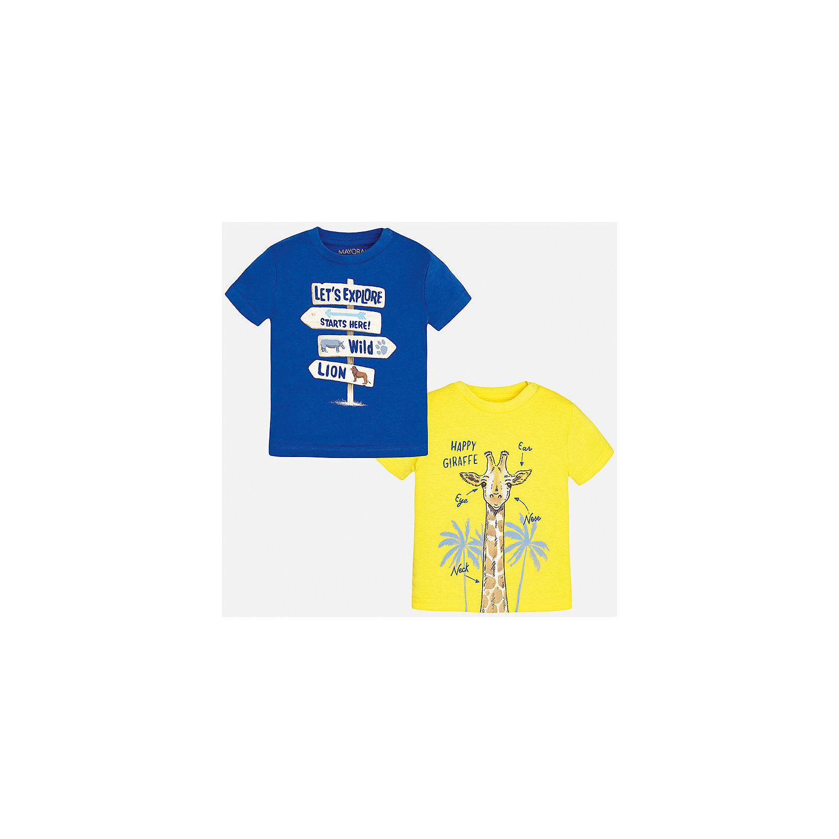 Футболка (2 шт.) для мальчика MayoralХарактеристики товара:<br><br>• цвет: синий/желтый<br>• состав: 100% хлопок<br>• комплектация: 2 шт<br>• круглый горловой вырез<br>• декорирована принтом<br>• короткие рукава<br>• мягкая отделка горловины<br>• страна бренда: Испания<br><br>Стильная удобная футболка с принтом поможет разнообразить гардероб мальчика. Она отлично сочетается с брюками, шортами, джинсами. Универсальный крой и цвет позволяет подобрать к вещи низ разных расцветок. Практичное и стильное изделие! Хорошо смотрится и комфортно сидит на детях. В составе материала - натуральный хлопок, гипоаллергенный, приятный на ощупь, дышащий. В этом наборе - сразу две модные футболки разных расцветок!<br><br>Одежда, обувь и аксессуары от испанского бренда Mayoral полюбились детям и взрослым по всему миру. Модели этой марки - стильные и удобные. Для их производства используются только безопасные, качественные материалы и фурнитура. Порадуйте ребенка модными и красивыми вещами от Mayoral! <br><br>Футболку (2 шт.) для мальчика от испанского бренда Mayoral (Майорал) можно купить в нашем интернет-магазине.<br><br>Ширина мм: 199<br>Глубина мм: 10<br>Высота мм: 161<br>Вес г: 151<br>Цвет: голубой<br>Возраст от месяцев: 12<br>Возраст до месяцев: 15<br>Пол: Мужской<br>Возраст: Детский<br>Размер: 80,92,86<br>SKU: 5278469