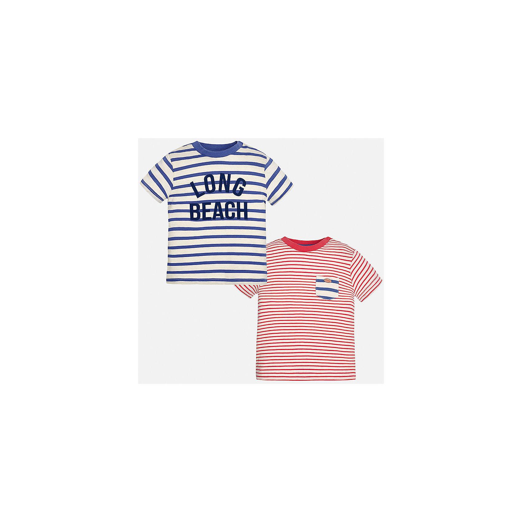 Футболка (2 шт.) для мальчика MayoralХарактеристики товара:<br><br>• цвет: белый/синий/красный<br>• состав: 100% хлопок<br>• комплектация: 2 шт<br>• круглый горловой вырез<br>• одна футболка декорирована надписью<br>• короткие рукава<br>• мягкая отделка горловины<br>• страна бренда: Испания<br><br>Стильная удобная футболка с принтом поможет разнообразить гардероб мальчика. Она отлично сочетается с брюками, шортами, джинсами. Универсальный крой и цвет позволяет подобрать к вещи низ разных расцветок. Практичное и стильное изделие! Хорошо смотрится и комфортно сидит на детях. В составе материала - натуральный хлопок, гипоаллергенный, приятный на ощупь, дышащий. В этом наборе - сразу две модные футболки разных расцветок!<br><br>Одежда, обувь и аксессуары от испанского бренда Mayoral полюбились детям и взрослым по всему миру. Модели этой марки - стильные и удобные. Для их производства используются только безопасные, качественные материалы и фурнитура. Порадуйте ребенка модными и красивыми вещами от Mayoral! <br><br>Футболку (2 шт.) для мальчика от испанского бренда Mayoral (Майорал) можно купить в нашем интернет-магазине.<br><br>Ширина мм: 191<br>Глубина мм: 10<br>Высота мм: 175<br>Вес г: 273<br>Цвет: разноцветный<br>Возраст от месяцев: 12<br>Возраст до месяцев: 15<br>Пол: Мужской<br>Возраст: Детский<br>Размер: 80,92,86<br>SKU: 5278477
