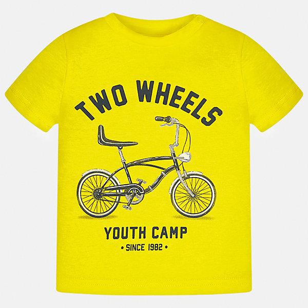 Футболка для мальчика MayoralФутболки, топы<br>Характеристики товара:<br><br>• цвет: желтый<br>• состав: 100% хлопок<br>• круглый горловой вырез<br>• декорирована принтом<br>• короткие рукава<br>• мягкая отделка горловины<br>• страна бренда: Испания<br><br>Красивая хлопковая футболка с принтом поможет разнообразить гардероб мальчика. Она отлично сочетается с брюками, шортами, джинсами. Универсальный крой и цвет позволяет подобрать к вещи низ разных расцветок. Практичное и стильное изделие! Хорошо смотрится и комфортно сидит на детях. В составе материала - только натуральный хлопок, гипоаллергенный, приятный на ощупь, дышащий. <br><br>Одежда, обувь и аксессуары от испанского бренда Mayoral полюбились детям и взрослым по всему миру. Модели этой марки - стильные и удобные. Для их производства используются только безопасные, качественные материалы и фурнитура. Порадуйте ребенка модными и красивыми вещами от Mayoral! <br><br>Футболку для мальчика от испанского бренда Mayoral (Майорал) можно купить в нашем интернет-магазине.<br>Ширина мм: 199; Глубина мм: 10; Высота мм: 161; Вес г: 151; Цвет: желтый; Возраст от месяцев: 12; Возраст до месяцев: 18; Пол: Мужской; Возраст: Детский; Размер: 86,92,80; SKU: 5278505;