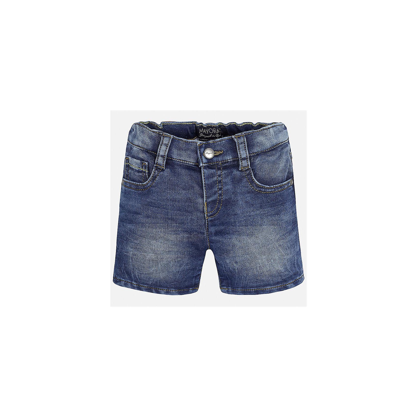 Бриджи джинсовые для мальчика MayoralДжинсовая одежда<br>Характеристики товара:<br><br>• цвет: синий<br>• состав: 52% хлопок, 47% полиэстер, 1% эластан<br>• шлевки<br>• карманы<br>• пояс с регулировкой объема<br>• эффект потертости<br>• страна бренда: Испания<br><br>Модные бриджи для мальчика смогут стать базовой вещью в гардеробе ребенка. Они отлично сочетаются с майками, футболками, рубашками и т.д. Универсальный крой и цвет позволяет подобрать к вещи верх разных расцветок. Практичное и стильное изделие! В составе материала - натуральный хлопок, гипоаллергенный, приятный на ощупь, дышащий.<br><br>Одежда, обувь и аксессуары от испанского бренда Mayoral полюбились детям и взрослым по всему миру. Модели этой марки - стильные и удобные. Для их производства используются только безопасные, качественные материалы и фурнитура. Порадуйте ребенка модными и красивыми вещами от Mayoral! <br><br>Бриджи для мальчика от испанского бренда Mayoral (Майорал) можно купить в нашем интернет-магазине.<br><br>Ширина мм: 191<br>Глубина мм: 10<br>Высота мм: 175<br>Вес г: 273<br>Цвет: синий<br>Возраст от месяцев: 12<br>Возраст до месяцев: 15<br>Пол: Мужской<br>Возраст: Детский<br>Размер: 80,92,86<br>SKU: 5279495