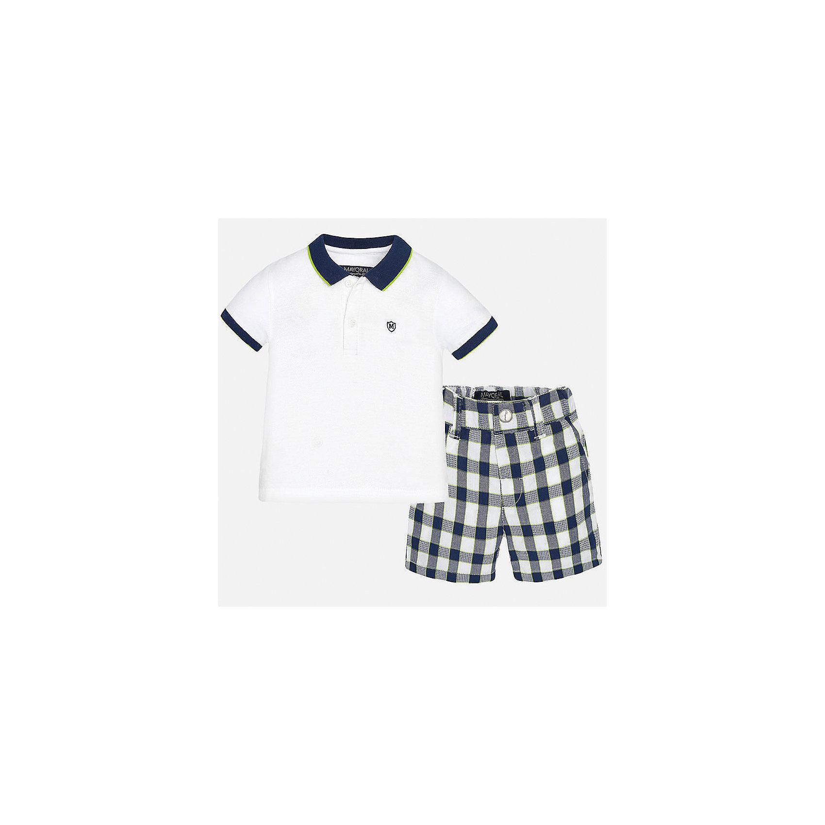 Комплект: футболка-поло и шорты для мальчика MayoralКомплекты<br>Характеристики товара:<br><br>• цвет: белый/синий<br>• состав: 100% хлопок<br>• комплектация: футболка, шорты<br>• футболка с контрастной отделкой<br>• отложной воротник, короткие рукава<br>• шорты в клетку<br>• шлевки<br>• пояс регулируется<br>• страна бренда: Испания<br><br>Красивый качественный комплект для мальчика поможет разнообразить гардероб ребенка и удобно одеться в теплую погоду. Он отлично сочетается с другими предметами. Универсальный цвет позволяет подобрать к вещам верхнюю одежду практически любой расцветки. Интересная отделка модели делает её нарядной и оригинальной. В составе материала - только натуральный хлопок, гипоаллергенный, приятный на ощупь, дышащий.<br><br>Одежда, обувь и аксессуары от испанского бренда Mayoral полюбились детям и взрослым по всему миру. Модели этой марки - стильные и удобные. Для их производства используются только безопасные, качественные материалы и фурнитура. Порадуйте ребенка модными и красивыми вещами от Mayoral! <br><br>Комплект для мальчика от испанского бренда Mayoral (Майорал) можно купить в нашем интернет-магазине.<br><br>Ширина мм: 191<br>Глубина мм: 10<br>Высота мм: 175<br>Вес г: 273<br>Цвет: синий<br>Возраст от месяцев: 18<br>Возраст до месяцев: 24<br>Пол: Мужской<br>Возраст: Детский<br>Размер: 92,86,80<br>SKU: 5279541