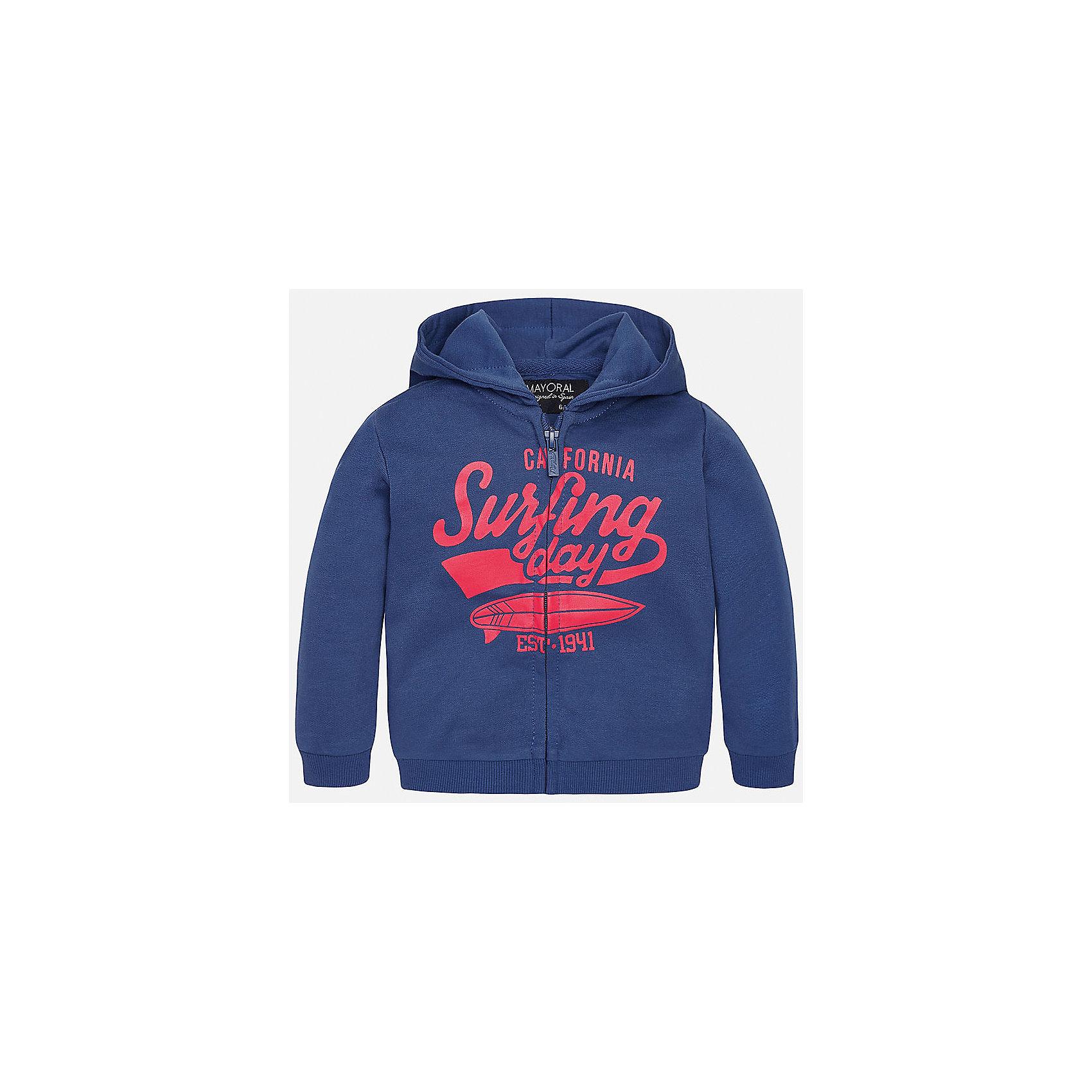 Куртка для мальчика MayoralХарактеристики товара:<br><br>• цвет: синий<br>• состав: 60% хлопок, 40% полиэстер<br>• рукава длинные <br>• принт<br>• молния<br>• капюшон<br>• страна бренда: Испания<br><br>Удобная модная куртка для мальчика поможет разнообразить гардероб ребенка и обеспечить тепло. Она отлично сочетается и с джинсами, и с брюками. Универсальный цвет позволяет подобрать к вещи низ различных расцветок. Интересная отделка модели делает её нарядной и оригинальной. В составе материала - натуральный хлопок, гипоаллергенный, приятный на ощупь, дышащий.<br><br>Одежда, обувь и аксессуары от испанского бренда Mayoral полюбились детям и взрослым по всему миру. Модели этой марки - стильные и удобные. Для их производства используются только безопасные, качественные материалы и фурнитура. Порадуйте ребенка модными и красивыми вещами от Mayoral! <br><br>Куртку для мальчика от испанского бренда Mayoral (Майорал) можно купить в нашем интернет-магазине.<br><br>Ширина мм: 356<br>Глубина мм: 10<br>Высота мм: 245<br>Вес г: 519<br>Цвет: синий<br>Возраст от месяцев: 12<br>Возраст до месяцев: 15<br>Пол: Мужской<br>Возраст: Детский<br>Размер: 80,86,92<br>SKU: 5279588
