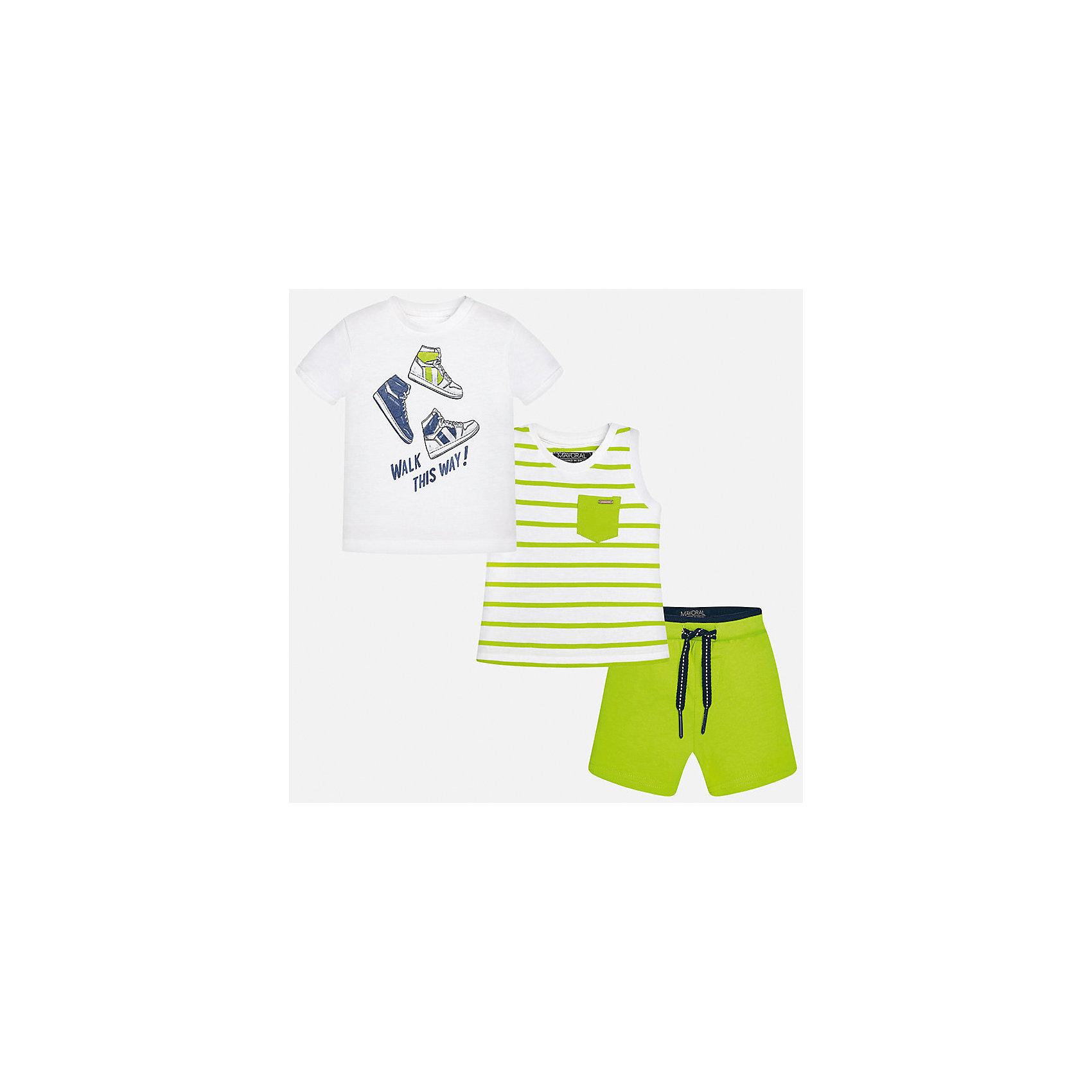 Комплект: футболка, майка и шорты для мальчика MayoralКомплекты<br>Характеристики товара:<br><br>• цвет: белый/зелёный<br>• состав: 100% хлопок<br>• комплектация: футболка, майка, шорты<br>• футболка декорирована принтом<br>• короткие рукава<br>• шорты однотонные<br>• в поясе шнурок<br>• страна бренда: Испания<br><br>Красивый качественный комплект для мальчика поможет разнообразить гардероб ребенка и удобно одеться в теплую погоду. Он отлично сочетается с другими предметами. Универсальный цвет позволяет подобрать к вещам верхнюю одежду практически любой расцветки. Интересная отделка модели делает её нарядной и оригинальной. В составе материала - только натуральный хлопок, гипоаллергенный, приятный на ощупь, дышащий.<br><br>Одежда, обувь и аксессуары от испанского бренда Mayoral полюбились детям и взрослым по всему миру. Модели этой марки - стильные и удобные. Для их производства используются только безопасные, качественные материалы и фурнитура. Порадуйте ребенка модными и красивыми вещами от Mayoral! <br><br>Комплект для мальчика от испанского бренда Mayoral (Майорал) можно купить в нашем интернет-магазине.<br><br>Ширина мм: 157<br>Глубина мм: 13<br>Высота мм: 119<br>Вес г: 200<br>Цвет: зеленый<br>Возраст от месяцев: 12<br>Возраст до месяцев: 15<br>Пол: Мужской<br>Возраст: Детский<br>Размер: 80,92,86<br>SKU: 5279681