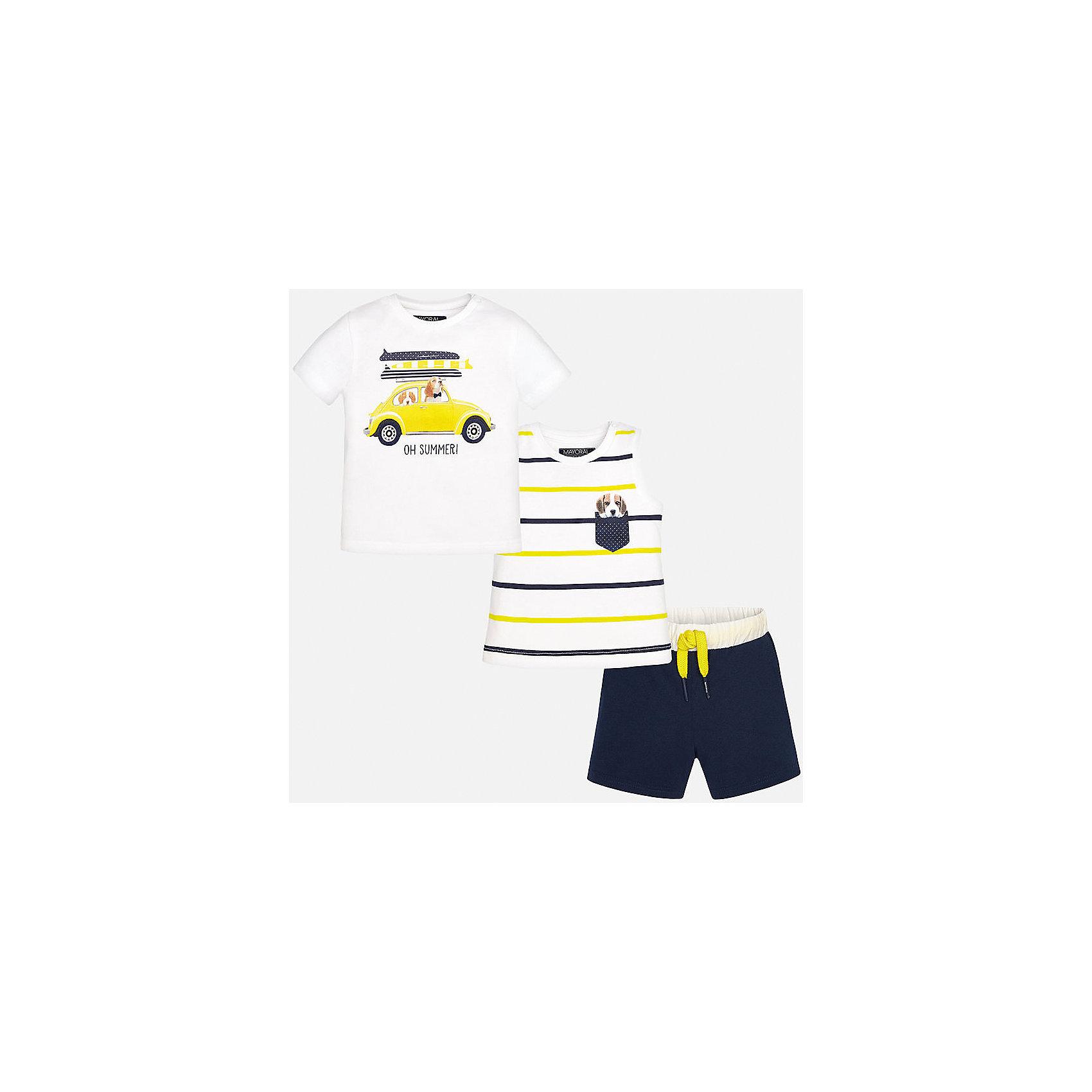 Комплект: футболка, майка и шорты для мальчика MayoralХарактеристики товара:<br><br>• цвет: белый/синий<br>• состав: 100% хлопок<br>• комплектация: футболка, майка, шорты<br>• футболка декорирована принтом<br>• короткие рукава<br>• в поясе шнурок<br>• страна бренда: Испания<br><br>Красивый качественный комплект для мальчика поможет разнообразить гардероб ребенка и удобно одеться в теплую погоду. Он отлично сочетается с другими предметами. Универсальный цвет позволяет подобрать к вещам верхнюю одежду практически любой расцветки. Интересная отделка модели делает её нарядной и оригинальной. В составе материала - только натуральный хлопок, гипоаллергенный, приятный на ощупь, дышащий.<br><br>Одежда, обувь и аксессуары от испанского бренда Mayoral полюбились детям и взрослым по всему миру. Модели этой марки - стильные и удобные. Для их производства используются только безопасные, качественные материалы и фурнитура. Порадуйте ребенка модными и красивыми вещами от Mayoral! <br><br>Комплект для мальчика от испанского бренда Mayoral (Майорал) можно купить в нашем интернет-магазине.<br><br>Ширина мм: 157<br>Глубина мм: 13<br>Высота мм: 119<br>Вес г: 200<br>Цвет: синий<br>Возраст от месяцев: 12<br>Возраст до месяцев: 15<br>Пол: Мужской<br>Возраст: Детский<br>Размер: 80,92,86<br>SKU: 5279697