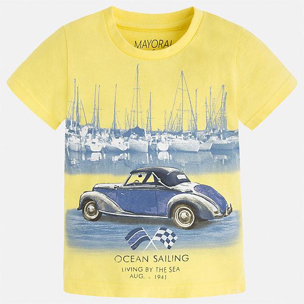 Футболка для мальчика MayoralФутболки, поло и топы<br>Характеристики товара:<br><br>• цвет: желтый<br>• состав: 100% хлопок<br>• круглый горловой вырез<br>• принт впереди<br>• короткие рукава<br>• отделка горловины<br>• страна бренда: Испания<br><br>Стильная футболка с принтом поможет разнообразить гардероб мальчика. Она отлично сочетается с брюками, шортами, джинсами и т.д. Универсальный крой и цвет позволяет подобрать к вещи низ разных расцветок. Практичное и стильное изделие! В составе материала - только натуральный хлопок, гипоаллергенный, приятный на ощупь, дышащий.<br><br>Одежда, обувь и аксессуары от испанского бренда Mayoral полюбились детям и взрослым по всему миру. Модели этой марки - стильные и удобные. Для их производства используются только безопасные, качественные материалы и фурнитура. Порадуйте ребенка модными и красивыми вещами от Mayoral! <br><br>Футболку для мальчика от испанского бренда Mayoral (Майорал) можно купить в нашем интернет-магазине.<br>Ширина мм: 199; Глубина мм: 10; Высота мм: 161; Вес г: 151; Цвет: желтый; Возраст от месяцев: 18; Возраст до месяцев: 24; Пол: Мужской; Возраст: Детский; Размер: 92,134,128,122,116,110,104,98; SKU: 5279755;