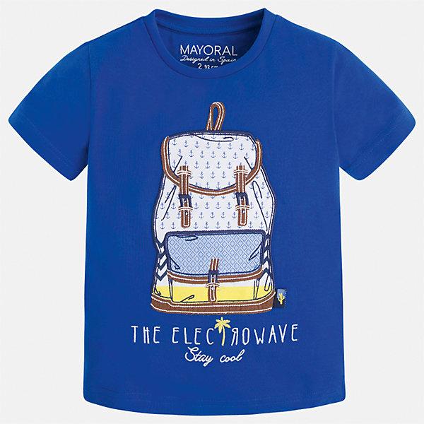 Футболка для мальчика MayoralФутболки, поло и топы<br>Характеристики товара:<br><br>• цвет: синий<br>• состав: 100% хлопок<br>• круглый горловой вырез<br>• принт впереди<br>• короткие рукава<br>• отделка горловины<br>• страна бренда: Испания<br><br>Модная удобная футболка с принтом поможет разнообразить гардероб мальчика. Она отлично сочетается с брюками, шортами, джинсами и т.д. Универсальный крой и цвет позволяет подобрать к вещи низ разных расцветок. Практичное и стильное изделие! В составе материала - только натуральный хлопок, гипоаллергенный, приятный на ощупь, дышащий.<br><br>Одежда, обувь и аксессуары от испанского бренда Mayoral полюбились детям и взрослым по всему миру. Модели этой марки - стильные и удобные. Для их производства используются только безопасные, качественные материалы и фурнитура. Порадуйте ребенка модными и красивыми вещами от Mayoral! <br><br>Футболку для мальчика от испанского бренда Mayoral (Майорал) можно купить в нашем интернет-магазине.<br>Ширина мм: 199; Глубина мм: 10; Высота мм: 161; Вес г: 151; Цвет: голубой; Возраст от месяцев: 18; Возраст до месяцев: 24; Пол: Мужской; Возраст: Детский; Размер: 104,98,92,128,122,116,110,134; SKU: 5279773;