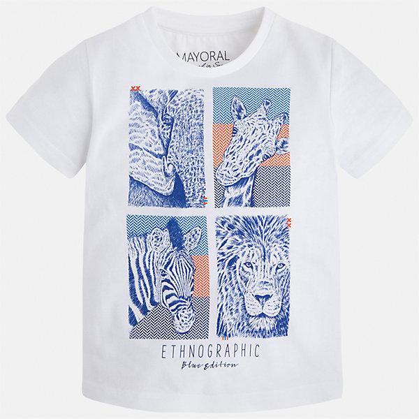 Футболка для мальчика MayoralФутболки, поло и топы<br>Характеристики товара:<br><br>• цвет: белый<br>• состав: 100% хлопок<br>• круглый горловой вырез<br>• декорирована принтом<br>• короткие рукава<br>• отделка горловины<br>• страна бренда: Испания<br><br>Модная удобная футболка с принтом поможет разнообразить гардероб мальчика. Она отлично сочетается с брюками, шортами, джинсами. Универсальный крой и цвет позволяет подобрать к вещи низ разных расцветок. Практичное и стильное изделие! Хорошо смотрится и комфортно сидит на детях. В составе материала - только натуральный хлопок, гипоаллергенный, приятный на ощупь, дышащий. <br><br>Одежда, обувь и аксессуары от испанского бренда Mayoral полюбились детям и взрослым по всему миру. Модели этой марки - стильные и удобные. Для их производства используются только безопасные, качественные материалы и фурнитура. Порадуйте ребенка модными и красивыми вещами от Mayoral! <br><br>Футболку для мальчика от испанского бренда Mayoral (Майорал) можно купить в нашем интернет-магазине.<br>Ширина мм: 199; Глубина мм: 10; Высота мм: 161; Вес г: 151; Цвет: белый; Возраст от месяцев: 18; Возраст до месяцев: 24; Пол: Мужской; Возраст: Детский; Размер: 92,134,116,98,104,110,122,128; SKU: 5279872;