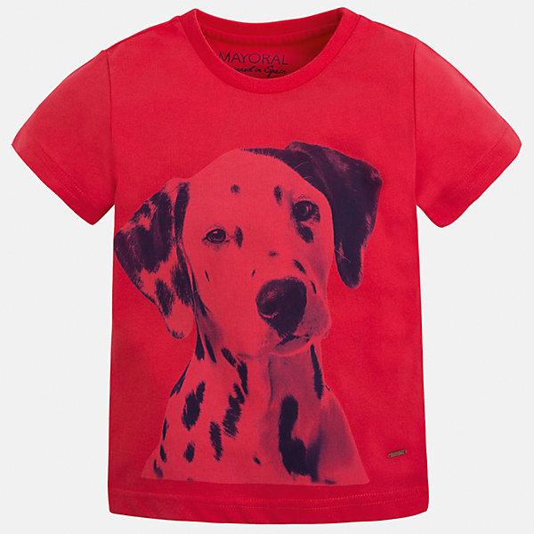 Футболка для мальчика MayoralФутболки, поло и топы<br>Характеристики товара:<br><br>• цвет: красный<br>• состав: 100% хлопок<br>• круглый горловой вырез<br>• декорирована принтом<br>• короткие рукава<br>• отделка горловины<br>• страна бренда: Испания<br><br>Модная удобная футболка с принтом поможет разнообразить гардероб мальчика. Она отлично сочетается с брюками, шортами, джинсами. Универсальный крой и цвет позволяет подобрать к вещи низ разных расцветок. Практичное и стильное изделие! Хорошо смотрится и комфортно сидит на детях. В составе материала - только натуральный хлопок, гипоаллергенный, приятный на ощупь, дышащий. <br><br>Одежда, обувь и аксессуары от испанского бренда Mayoral полюбились детям и взрослым по всему миру. Модели этой марки - стильные и удобные. Для их производства используются только безопасные, качественные материалы и фурнитура. Порадуйте ребенка модными и красивыми вещами от Mayoral! <br><br>Футболку для мальчика от испанского бренда Mayoral (Майорал) можно купить в нашем интернет-магазине.<br>Ширина мм: 199; Глубина мм: 10; Высота мм: 161; Вес г: 151; Цвет: красный; Возраст от месяцев: 18; Возраст до месяцев: 24; Пол: Мужской; Возраст: Детский; Размер: 92,134,98,104,110,116,122,128; SKU: 5279963;