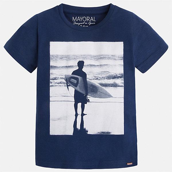 Футболка для мальчика MayoralФутболки, поло и топы<br>Характеристики товара:<br><br>• цвет: синий<br>• состав: 100% хлопок<br>• круглый горловой вырез<br>• декорирована принтом<br>• короткие рукава<br>• отделка горловины<br>• страна бренда: Испания<br><br>Стильная удобная футболка с принтом поможет разнообразить гардероб мальчика. Она отлично сочетается с брюками, шортами, джинсами. Универсальный крой и цвет позволяет подобрать к вещи низ разных расцветок. Практичное и стильное изделие! Хорошо смотрится и комфортно сидит на детях. В составе материала - только натуральный хлопок, гипоаллергенный, приятный на ощупь, дышащий. <br><br>Одежда, обувь и аксессуары от испанского бренда Mayoral полюбились детям и взрослым по всему миру. Модели этой марки - стильные и удобные. Для их производства используются только безопасные, качественные материалы и фурнитура. Порадуйте ребенка модными и красивыми вещами от Mayoral! <br><br>Футболку для мальчика от испанского бренда Mayoral (Майорал) можно купить в нашем интернет-магазине.<br>Ширина мм: 199; Глубина мм: 10; Высота мм: 161; Вес г: 151; Цвет: синий; Возраст от месяцев: 18; Возраст до месяцев: 24; Пол: Мужской; Возраст: Детский; Размер: 92,134,98,104,110,116,122,128; SKU: 5279972;