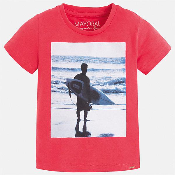 Футболка для мальчика MayoralФутболки, поло и топы<br>Характеристики товара:<br><br>• цвет: розовый<br>• состав: 100% хлопок<br>• круглый горловой вырез<br>• декорирована принтом<br>• короткие рукава<br>• отделка горловины<br>• страна бренда: Испания<br><br>Стильная удобная футболка с принтом поможет разнообразить гардероб мальчика. Она отлично сочетается с брюками, шортами, джинсами. Универсальный крой и цвет позволяет подобрать к вещи низ разных расцветок. Практичное и стильное изделие! Хорошо смотрится и комфортно сидит на детях. В составе материала - только натуральный хлопок, гипоаллергенный, приятный на ощупь, дышащий. <br><br>Одежда, обувь и аксессуары от испанского бренда Mayoral полюбились детям и взрослым по всему миру. Модели этой марки - стильные и удобные. Для их производства используются только безопасные, качественные материалы и фурнитура. Порадуйте ребенка модными и красивыми вещами от Mayoral! <br><br>Футболку для мальчика от испанского бренда Mayoral (Майорал) можно купить в нашем интернет-магазине.<br>Ширина мм: 199; Глубина мм: 10; Высота мм: 161; Вес г: 151; Цвет: красный; Возраст от месяцев: 72; Возраст до месяцев: 84; Пол: Мужской; Возраст: Детский; Размер: 128,134,98,92,104,110,116,122; SKU: 5279981;