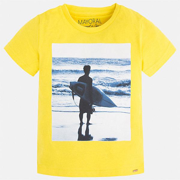 Футболка для мальчика MayoralФутболки, поло и топы<br>Характеристики товара:<br><br>• цвет: желтый<br>• состав: 100% хлопок<br>• круглый горловой вырез<br>• декорирована принтом<br>• короткие рукава<br>• отделка горловины<br>• страна бренда: Испания<br><br>Стильная удобная футболка с принтом поможет разнообразить гардероб мальчика. Она отлично сочетается с брюками, шортами, джинсами. Универсальный крой и цвет позволяет подобрать к вещи низ разных расцветок. Практичное и стильное изделие! Хорошо смотрится и комфортно сидит на детях. В составе материала - только натуральный хлопок, гипоаллергенный, приятный на ощупь, дышащий. <br><br>Одежда, обувь и аксессуары от испанского бренда Mayoral полюбились детям и взрослым по всему миру. Модели этой марки - стильные и удобные. Для их производства используются только безопасные, качественные материалы и фурнитура. Порадуйте ребенка модными и красивыми вещами от Mayoral! <br><br>Футболку для мальчика от испанского бренда Mayoral (Майорал) можно купить в нашем интернет-магазине.<br>Ширина мм: 199; Глубина мм: 10; Высота мм: 161; Вес г: 151; Цвет: желтый; Возраст от месяцев: 48; Возраст до месяцев: 60; Пол: Мужской; Возраст: Детский; Размер: 110,104,116,122,128,134,92,98; SKU: 5279999;