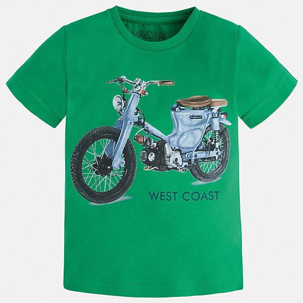 Футболка для мальчика MayoralФутболки, поло и топы<br>Характеристики товара:<br><br>• цвет: зеленый<br>• состав: 100% хлопок<br>• круглый горловой вырез<br>• декорирована принтом<br>• короткие рукава<br>• отделка горловины<br>• страна бренда: Испания<br><br>Стильная удобная футболка с принтом поможет разнообразить гардероб мальчика. Она отлично сочетается с брюками, шортами, джинсами. Универсальный крой и цвет позволяет подобрать к вещи низ разных расцветок. Практичное и стильное изделие! Хорошо смотрится и комфортно сидит на детях. В составе материала - только натуральный хлопок, гипоаллергенный, приятный на ощупь, дышащий. <br>Одежда, обувь и аксессуары от испанского бренда Mayoral полюбились детям и взрослым по всему миру. Модели этой марки - стильные и удобные. Для их производства используются только безопасные, качественные материалы и фурнитура. Порадуйте ребенка модными и красивыми вещами от Mayoral! <br><br>Футболку для мальчика от испанского бренда Mayoral (Майорал) можно купить в нашем интернет-магазине.<br>Ширина мм: 199; Глубина мм: 10; Высота мм: 161; Вес г: 151; Цвет: зеленый; Возраст от месяцев: 18; Возраст до месяцев: 24; Пол: Мужской; Возраст: Детский; Размер: 92,98,104,110,116,122,128,134; SKU: 5280017;