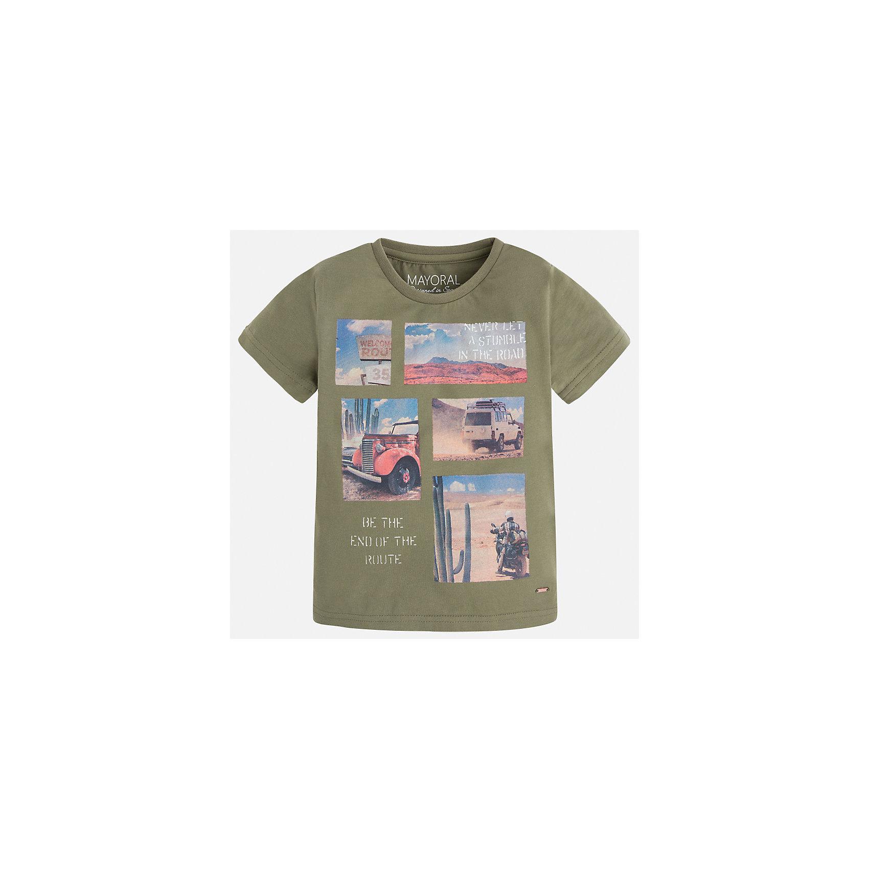 Футболка для мальчика MayoralФутболки, поло и топы<br>Характеристики товара:<br><br>• цвет: зеленый<br>• состав: 100% хлопок<br>• круглый горловой вырез<br>• декорирована принтом<br>• короткие рукава<br>• отделка горловины<br>• страна бренда: Испания<br><br>Стильная удобная футболка с принтом поможет разнообразить гардероб мальчика. Она отлично сочетается с брюками, шортами, джинсами. Универсальный крой и цвет позволяет подобрать к вещи низ разных расцветок. Практичное и стильное изделие! Хорошо смотрится и комфортно сидит на детях. В составе материала - только натуральный хлопок, гипоаллергенный, приятный на ощупь, дышащий. <br><br>Одежда, обувь и аксессуары от испанского бренда Mayoral полюбились детям и взрослым по всему миру. Модели этой марки - стильные и удобные. Для их производства используются только безопасные, качественные материалы и фурнитура. Порадуйте ребенка модными и красивыми вещами от Mayoral! <br><br>Футболку для мальчика от испанского бренда Mayoral (Майорал) можно купить в нашем интернет-магазине.<br><br>Ширина мм: 199<br>Глубина мм: 10<br>Высота мм: 161<br>Вес г: 151<br>Цвет: зеленый<br>Возраст от месяцев: 60<br>Возраст до месяцев: 72<br>Пол: Мужской<br>Возраст: Детский<br>Размер: 116,110,134,128,122<br>SKU: 5280053