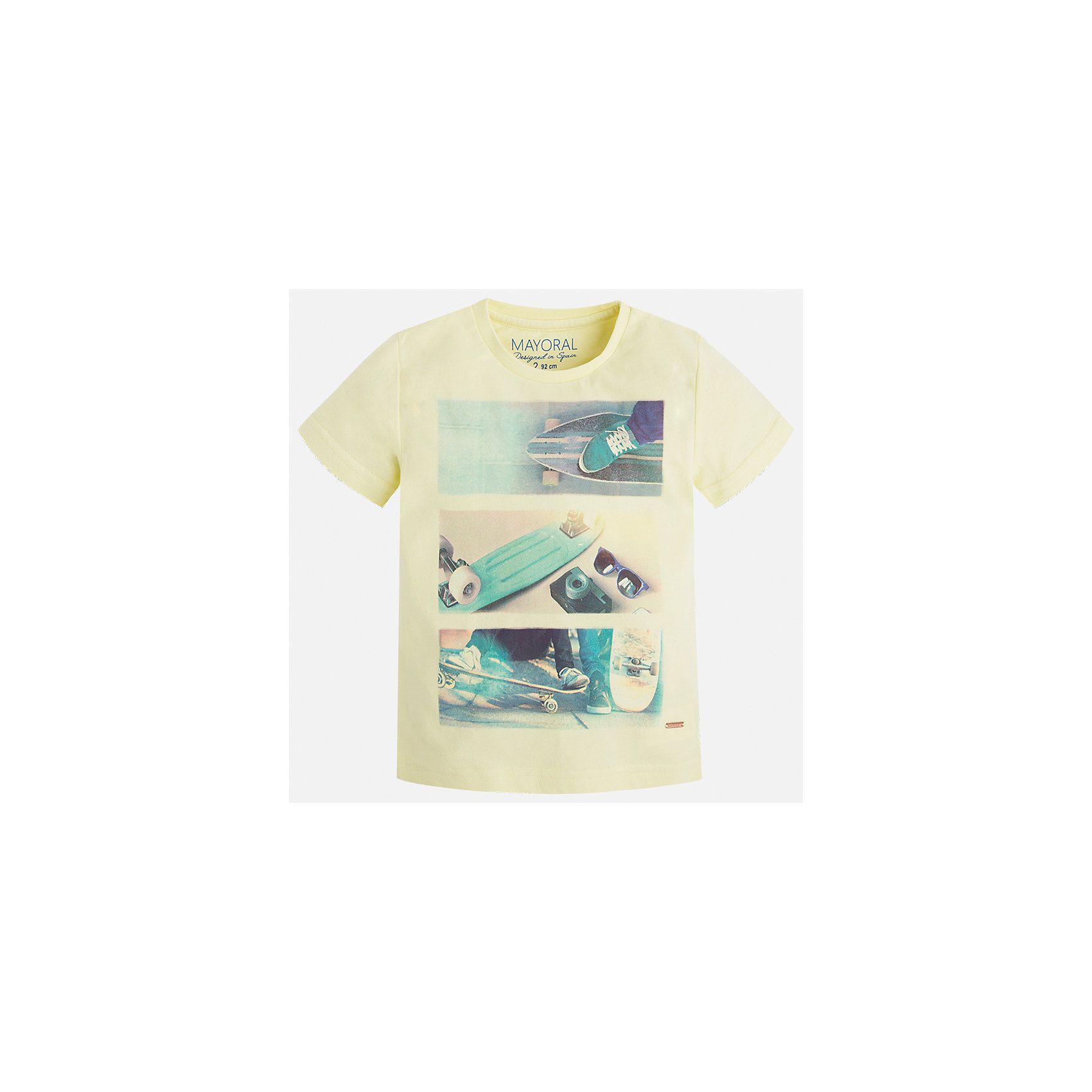 Футболка для мальчика MayoralФутболки, поло и топы<br>Характеристики товара:<br><br>• цвет: желтый<br>• состав: 100% хлопок<br>• круглый горловой вырез<br>• декорирована принтом<br>• короткие рукава<br>• отделка горловины<br>• страна бренда: Испания<br><br>Стильная удобная футболка с принтом поможет разнообразить гардероб мальчика. Она отлично сочетается с брюками, шортами, джинсами. Универсальный крой и цвет позволяет подобрать к вещи низ разных расцветок. Практичное и стильное изделие! Хорошо смотрится и комфортно сидит на детях. В составе материала - только натуральный хлопок, гипоаллергенный, приятный на ощупь, дышащий. <br><br>Одежда, обувь и аксессуары от испанского бренда Mayoral полюбились детям и взрослым по всему миру. Модели этой марки - стильные и удобные. Для их производства используются только безопасные, качественные материалы и фурнитура. Порадуйте ребенка модными и красивыми вещами от Mayoral! <br><br>Футболку для мальчика от испанского бренда Mayoral (Майорал) можно купить в нашем интернет-магазине.<br><br>Ширина мм: 199<br>Глубина мм: 10<br>Высота мм: 161<br>Вес г: 151<br>Цвет: оранжевый<br>Возраст от месяцев: 48<br>Возраст до месяцев: 60<br>Пол: Мужской<br>Возраст: Детский<br>Размер: 110,134,128,122,116<br>SKU: 5280059