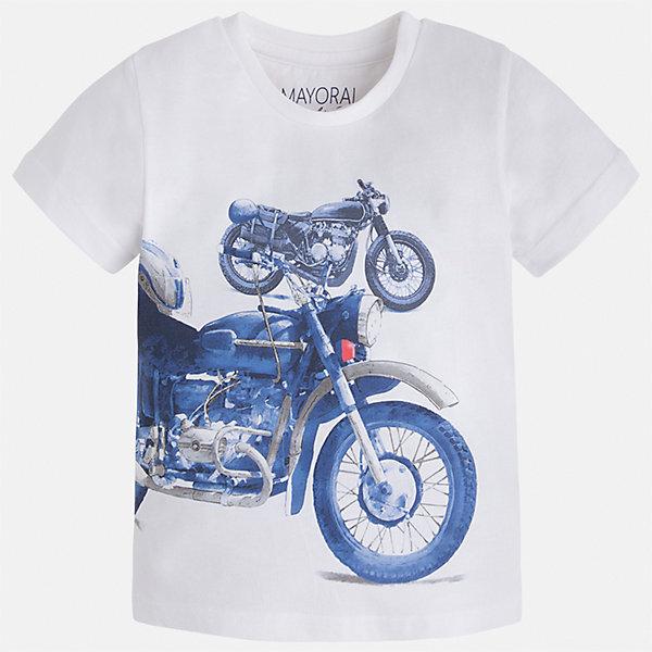 Футболка для мальчика MayoralФутболки, поло и топы<br>Характеристики товара:<br><br>• цвет: белый<br>• состав: 60% хлопок, 40% полиэстер<br>• круглый горловой вырез<br>• декорирована принтом<br>• короткие рукава<br>• отделка горловины<br>• страна бренда: Испания<br><br>Стильная удобная футболка с принтом поможет разнообразить гардероб мальчика. Она отлично сочетается с брюками, шортами, джинсами. Универсальный крой и цвет позволяет подобрать к вещи низ разных расцветок. Практичное и стильное изделие! Хорошо смотрится и комфортно сидит на детях. В составе материала - натуральный хлопок, гипоаллергенный, приятный на ощупь, дышащий. <br><br>Одежда, обувь и аксессуары от испанского бренда Mayoral полюбились детям и взрослым по всему миру. Модели этой марки - стильные и удобные. Для их производства используются только безопасные, качественные материалы и фурнитура. Порадуйте ребенка модными и красивыми вещами от Mayoral! <br><br>Футболку для мальчика от испанского бренда Mayoral (Майорал) можно купить в нашем интернет-магазине.<br><br>Ширина мм: 199<br>Глубина мм: 10<br>Высота мм: 161<br>Вес г: 151<br>Цвет: белый<br>Возраст от месяцев: 96<br>Возраст до месяцев: 108<br>Пол: Мужской<br>Возраст: Детский<br>Размер: 134,92,98,104,110,116,122,128<br>SKU: 5280074
