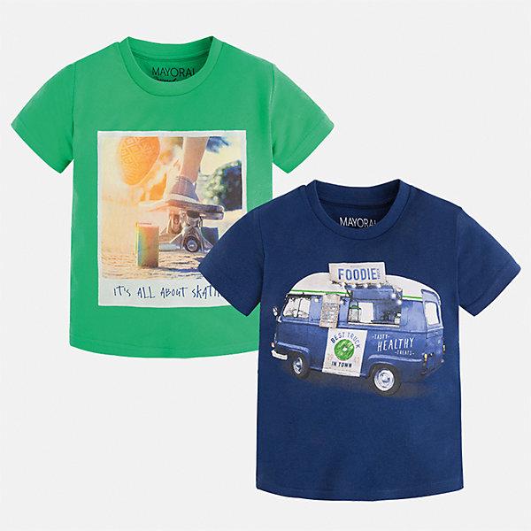 Футболка с длинным рукавом для мальчика MayoralФутболки, поло и топы<br>Характеристики товара:<br><br>• цвет: зеленый/синий<br>• состав: 100% хлопок<br>• комплектация: 2 шт<br>• декорированы кармашком на груди<br>• короткие рукава<br>• отделка горловины<br>• страна бренда: Испания<br><br>Модная удобная футболка с принтом поможет разнообразить гардероб мальчика. Она отлично сочетается с брюками, шортами, джинсами. Универсальный крой и цвет позволяет подобрать к вещи низ разных расцветок. Практичное и стильное изделие! Хорошо смотрится и комфортно сидит на детях. В составе материала - только натуральный хлопок, гипоаллергенный, приятный на ощупь, дышащий. <br><br>Одежда, обувь и аксессуары от испанского бренда Mayoral полюбились детям и взрослым по всему миру. Модели этой марки - стильные и удобные. Для их производства используются только безопасные, качественные материалы и фурнитура. Порадуйте ребенка модными и красивыми вещами от Mayoral! <br><br>Футболку (2 шт.) для мальчика от испанского бренда Mayoral (Майорал) можно купить в нашем интернет-магазине.<br>Ширина мм: 230; Глубина мм: 40; Высота мм: 220; Вес г: 250; Цвет: зеленый; Возраст от месяцев: 96; Возраст до месяцев: 108; Пол: Мужской; Возраст: Детский; Размер: 134,122,92,98,104,110,116,128; SKU: 5280174;
