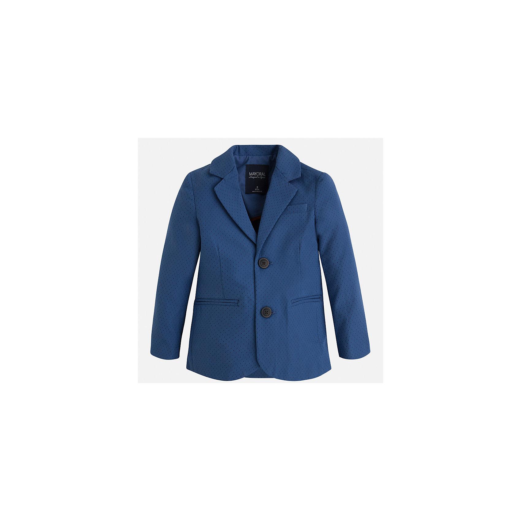 Пиджак для мальчика MayoralКостюмы и пиджаки<br>Характеристики товара:<br><br>• цвет: синий<br>• состав: 87% хлопок, 10% полиэстер, 3% эластан<br>• мелкий горох<br>• рукава длинные <br>• карманы<br>• пуговицы <br>• отложной воротник<br>• страна бренда: Испания<br><br>Удобный и красивый пиджак для мальчика поможет разнообразить гардероб ребенка и дополнить наряд. Он отлично сочетается с брюками классического кроя. Универсальный цвет позволяет подобрать к вещи низ различных расцветок. Модное и элегантное изделие. В составе материала - натуральный хлопок, гипоаллергенный, приятный на ощупь, дышащий.<br><br>Одежда, обувь и аксессуары от испанского бренда Mayoral полюбились детям и взрослым по всему миру. Модели этой марки - стильные и удобные. Для их производства используются только безопасные, качественные материалы и фурнитура. Порадуйте ребенка модными и красивыми вещами от Mayoral! <br><br>Пиджак для мальчика от испанского бренда Mayoral (Майорал) можно купить в нашем интернет-магазине.<br><br>Ширина мм: 174<br>Глубина мм: 10<br>Высота мм: 169<br>Вес г: 157<br>Цвет: синий<br>Возраст от месяцев: 18<br>Возраст до месяцев: 24<br>Пол: Мужской<br>Возраст: Детский<br>Размер: 92,122,134,128,116,110,104,98<br>SKU: 5280495