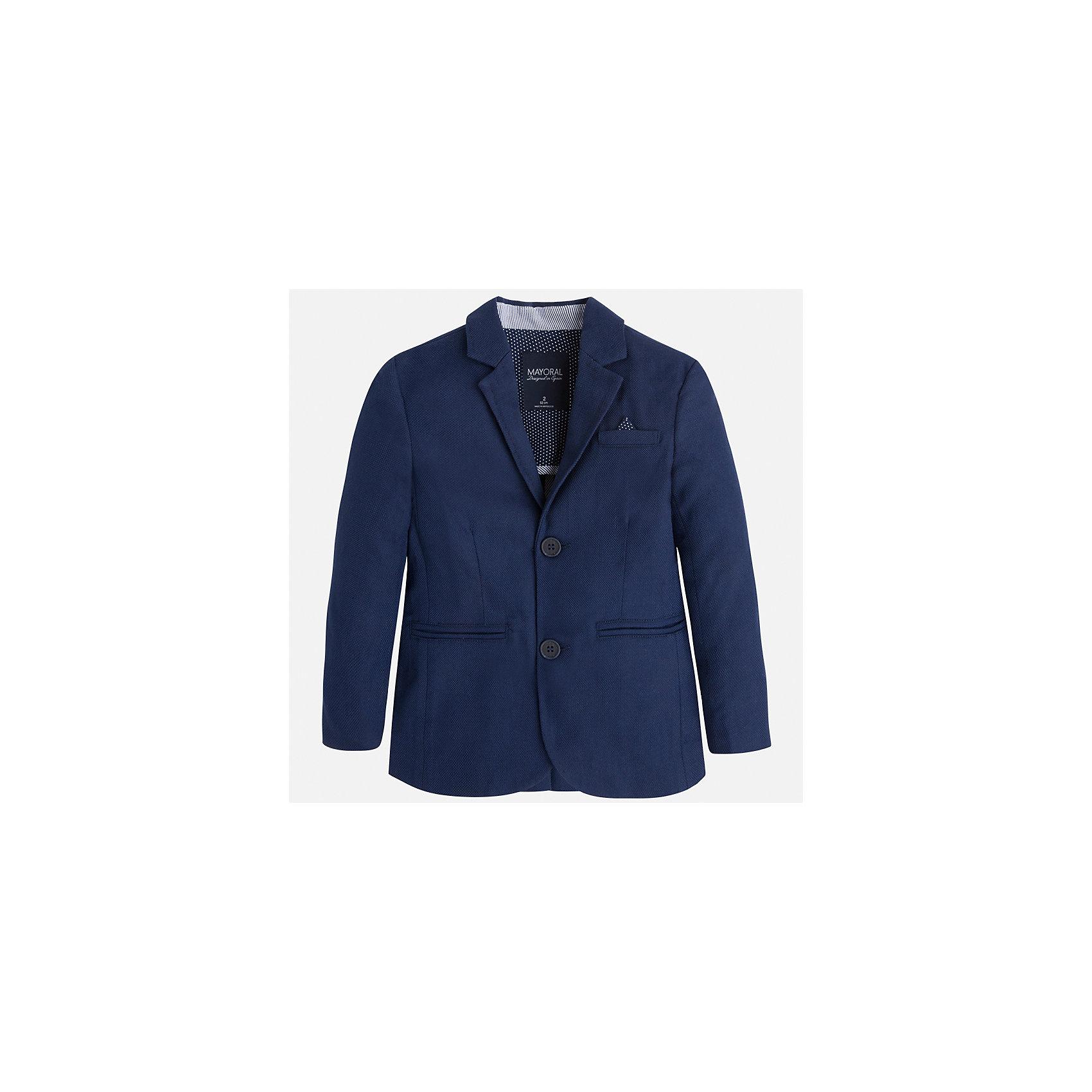 Пиджак для мальчика MayoralПиджаки и костюмы<br>Характеристики товара:<br><br>• цвет: синий<br>• состав: 78% хлопок, 20% лен, 2% эластан<br>• рукава длинные <br>• карманы<br>• пуговицы <br>• отложной воротник<br>• страна бренда: Испания<br><br>Удобный и красивый пиджак для мальчика поможет разнообразить гардероб ребенка и дополнить наряд. Он отлично сочетается с брюками классического кроя. Универсальный цвет позволяет подобрать к вещи низ различных расцветок. Модное и элегантное изделие. В составе материала - натуральный хлопок, гипоаллергенный, приятный на ощупь, дышащий.<br><br>Одежда, обувь и аксессуары от испанского бренда Mayoral полюбились детям и взрослым по всему миру. Модели этой марки - стильные и удобные. Для их производства используются только безопасные, качественные материалы и фурнитура. Порадуйте ребенка модными и красивыми вещами от Mayoral! <br><br>Пиджак для мальчика от испанского бренда Mayoral (Майорал) можно купить в нашем интернет-магазине.<br><br>Ширина мм: 174<br>Глубина мм: 10<br>Высота мм: 169<br>Вес г: 157<br>Цвет: синий<br>Возраст от месяцев: 18<br>Возраст до месяцев: 24<br>Пол: Мужской<br>Возраст: Детский<br>Размер: 92,128,134,110,98,104,116,122<br>SKU: 5280522